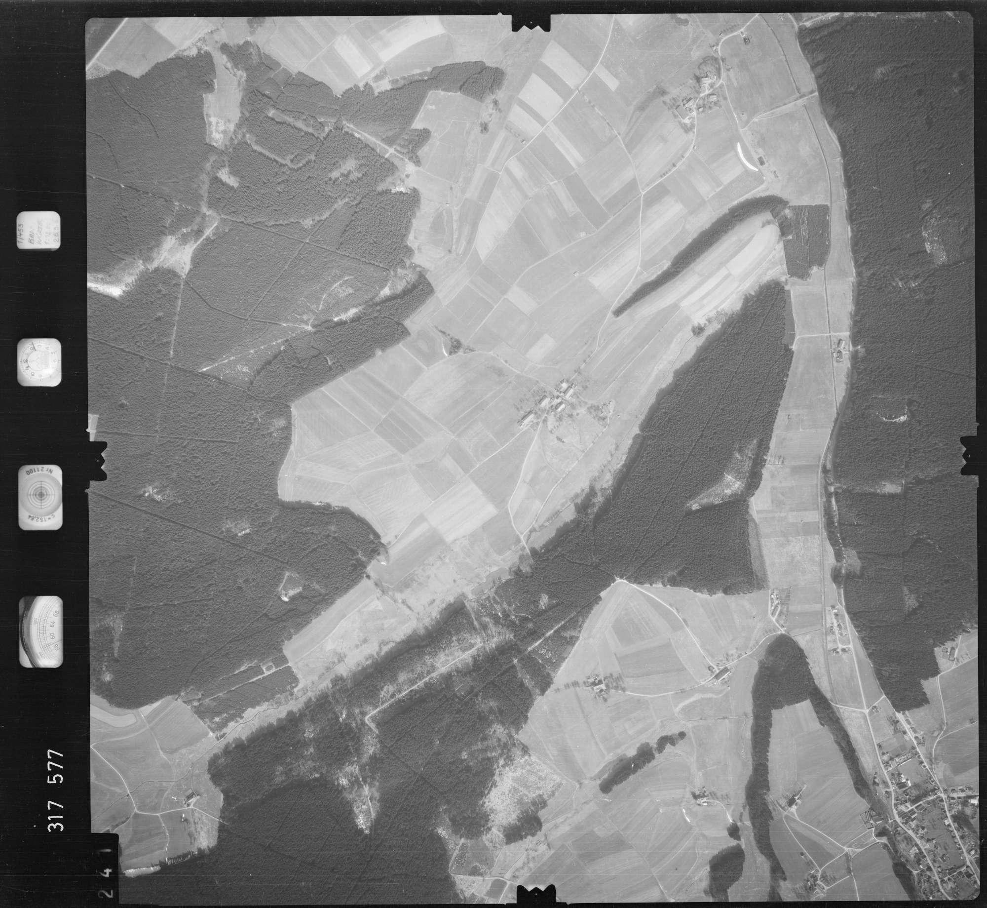Luftbild: Film 57 Bildnr. 241, Bild 1