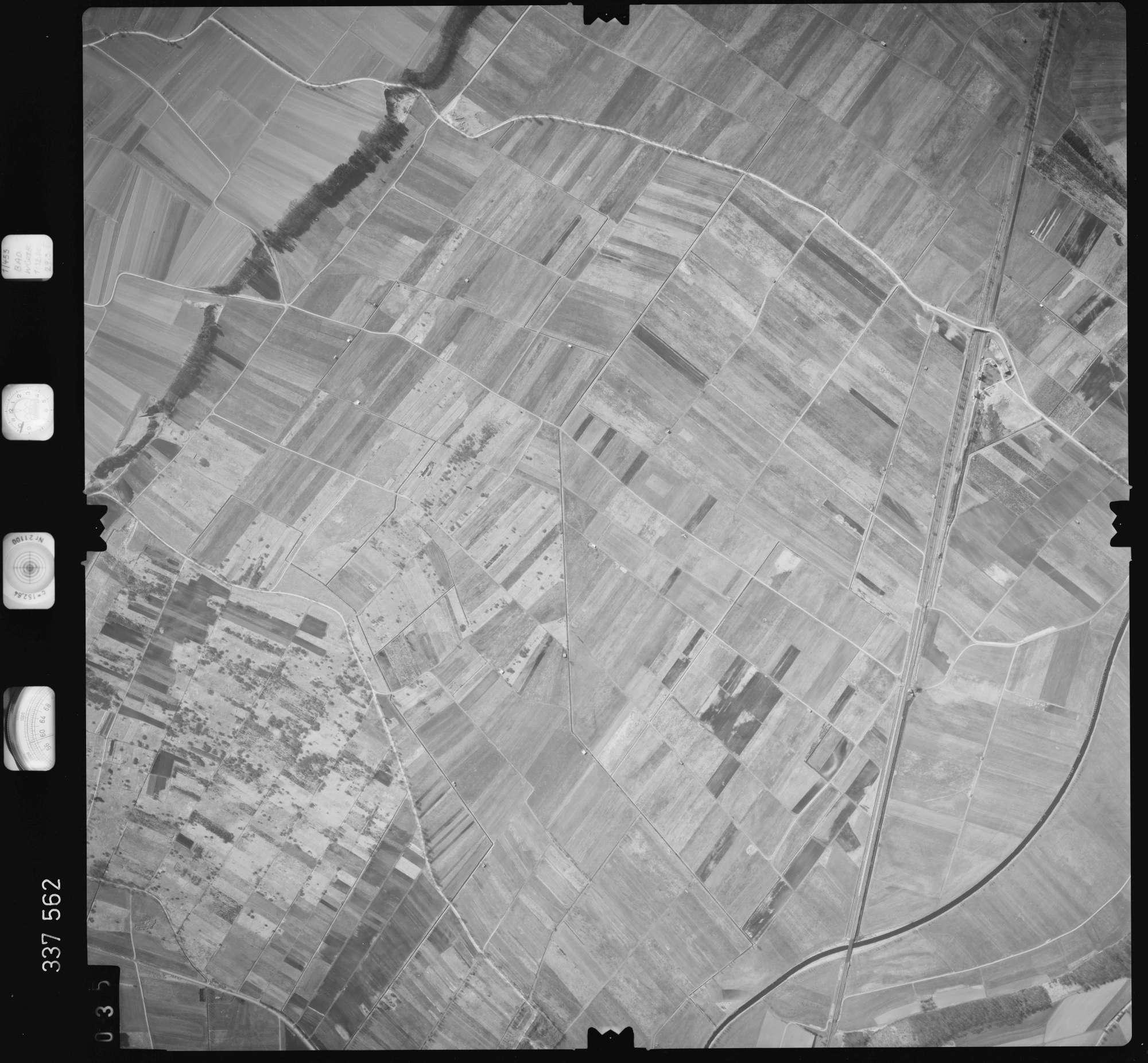 Luftbild: Film 50 Bildnr. 35, Bild 1