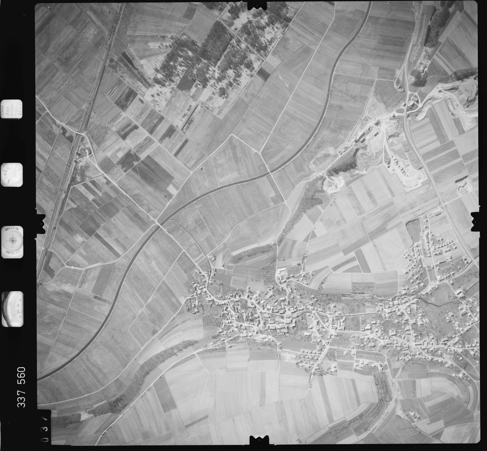 Luftbild: Film 50 Bildnr. 37, Bild 1