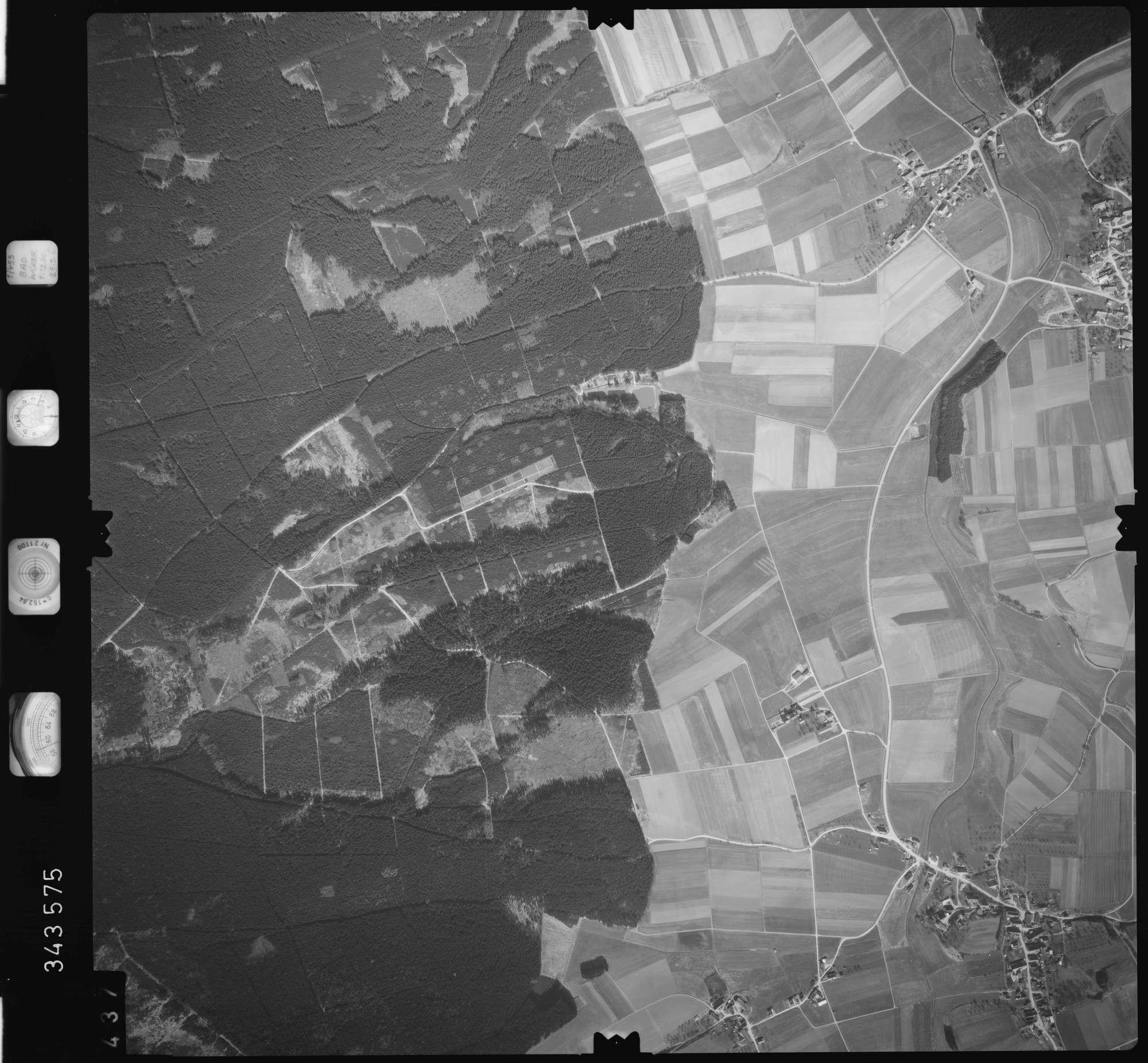 Luftbild: Film 46 Bildnr. 437, Bild 1