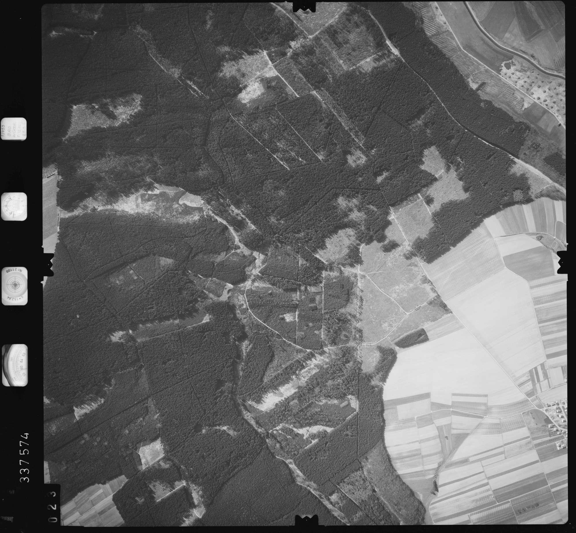 Luftbild: Film 50 Bildnr. 23, Bild 1