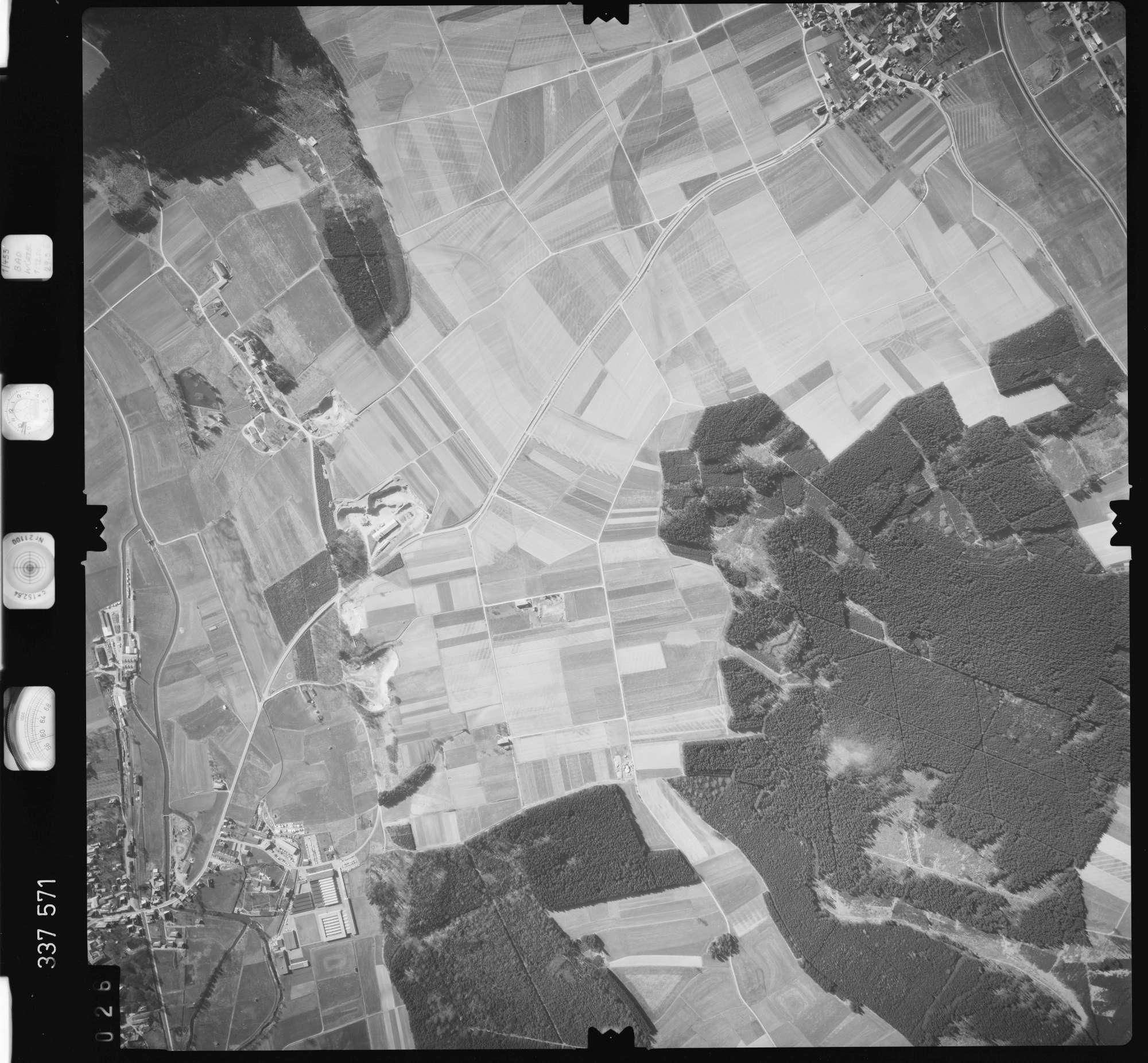 Luftbild: Film 50 Bildnr. 26, Bild 1