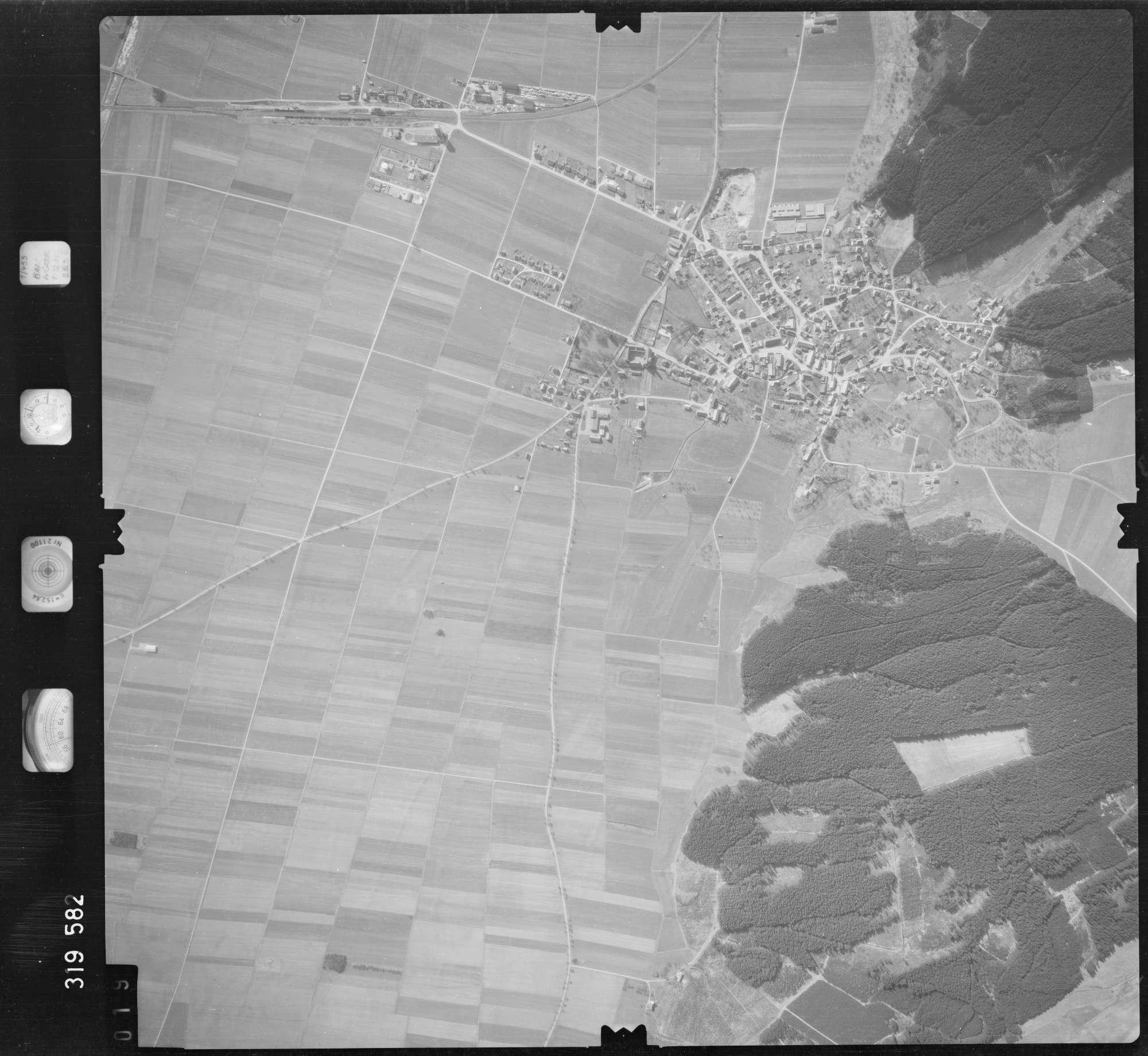 Luftbild: Film 57 Bildnr. 19, Bild 1