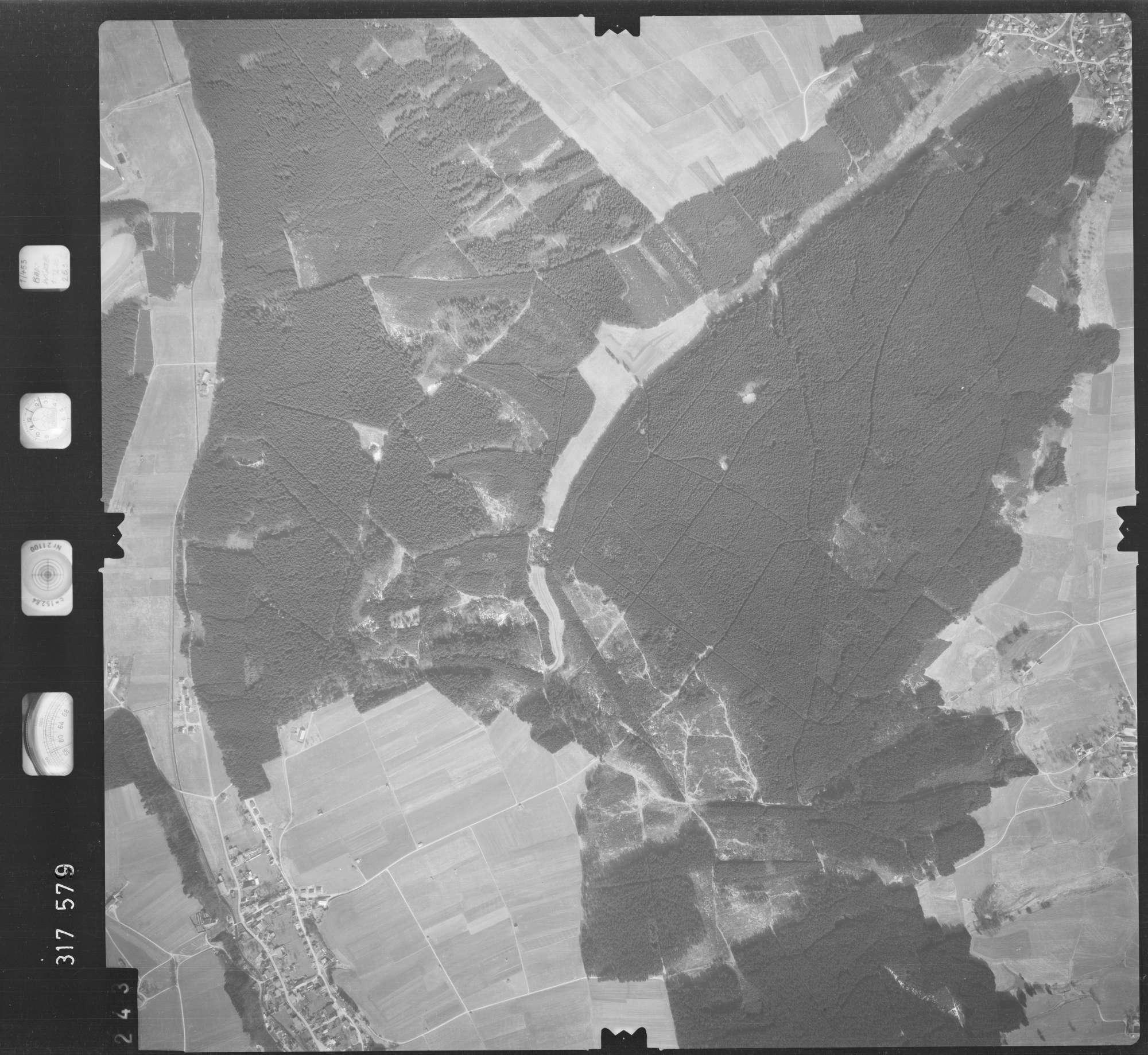 Luftbild: Film 57 Bildnr. 243, Bild 1