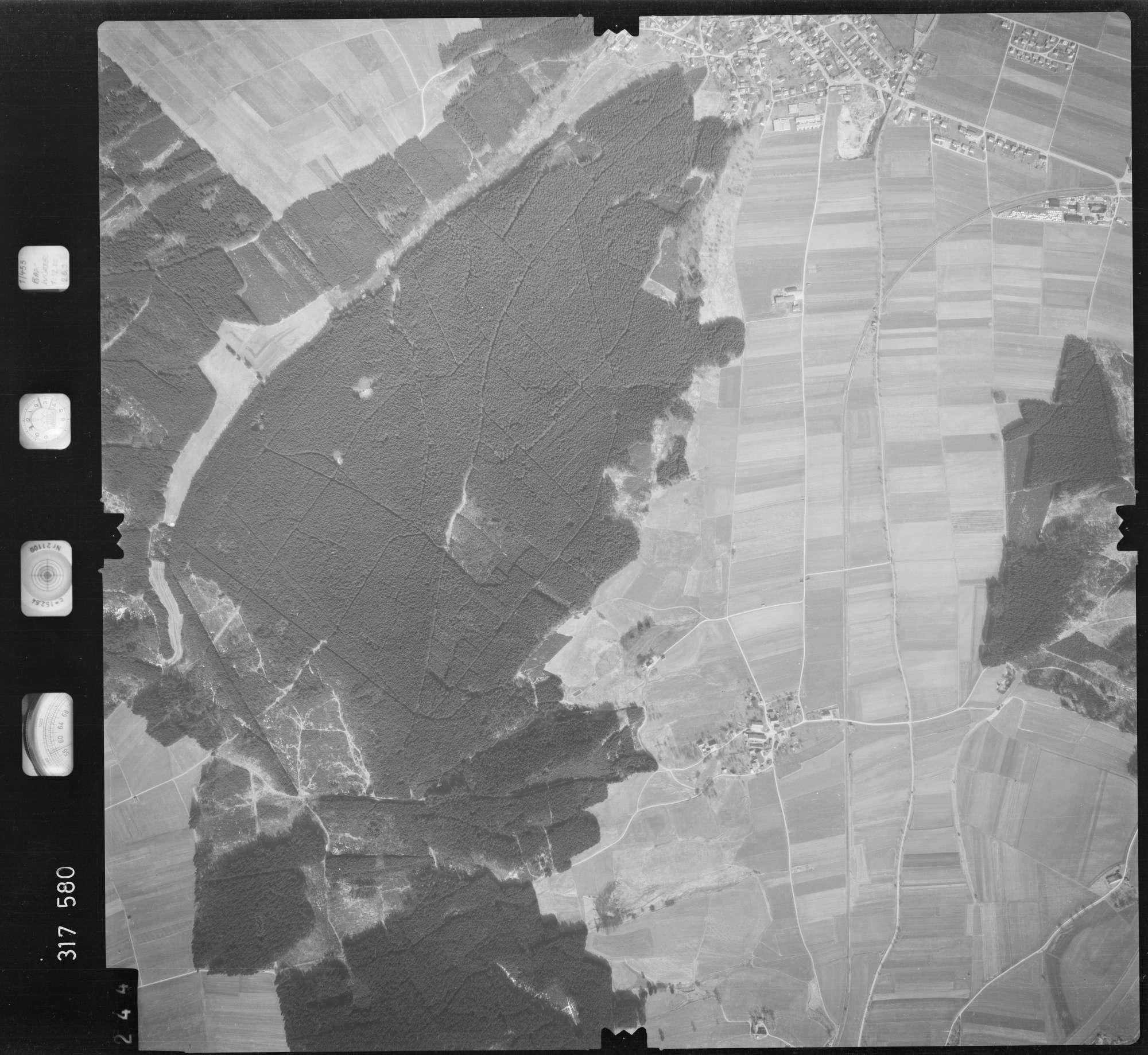 Luftbild: Film 57 Bildnr. 244, Bild 1