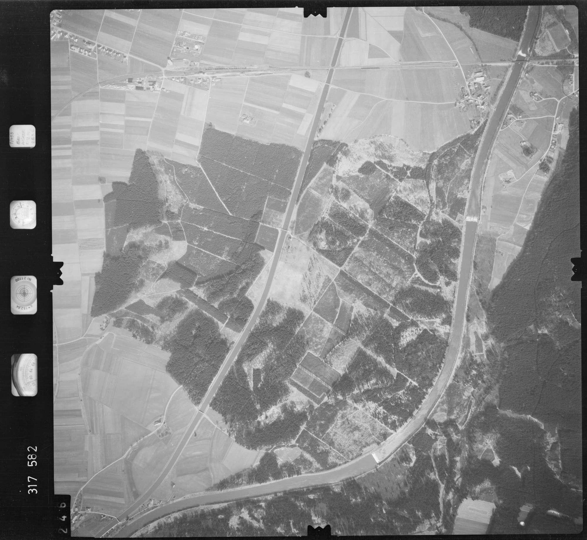 Luftbild: Film 57 Bildnr. 246, Bild 1