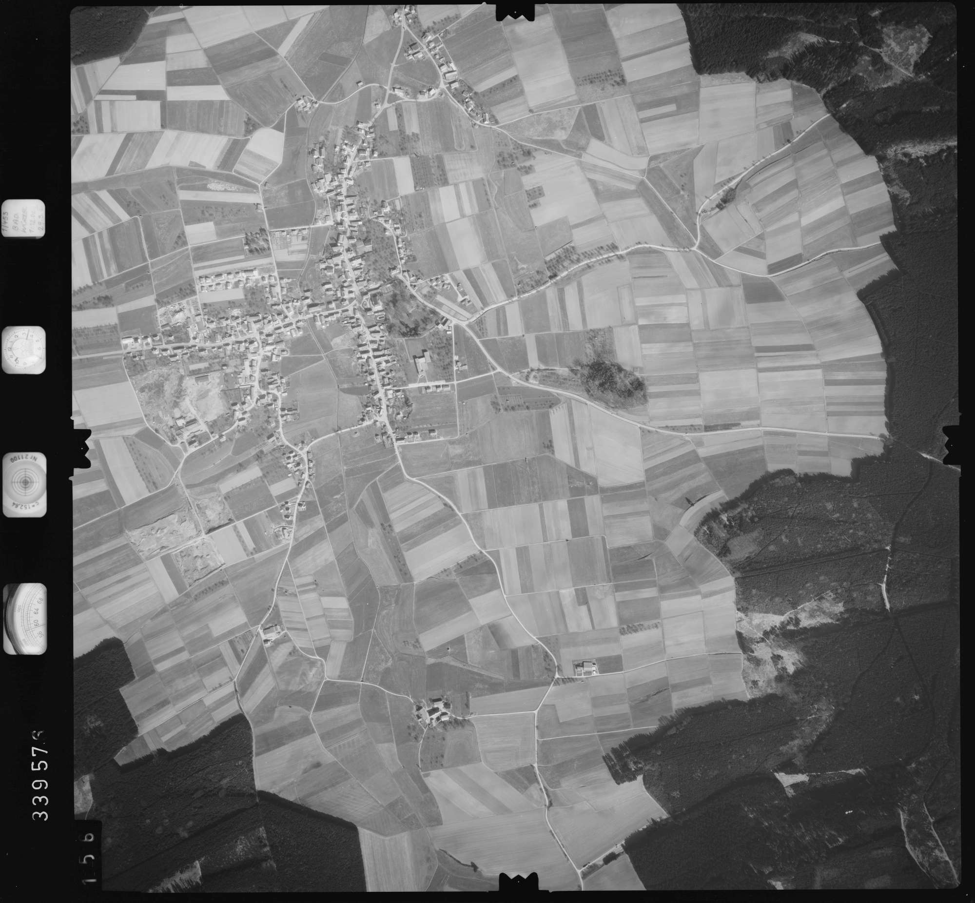 Luftbild: Film 50 Bildnr. 156, Bild 1