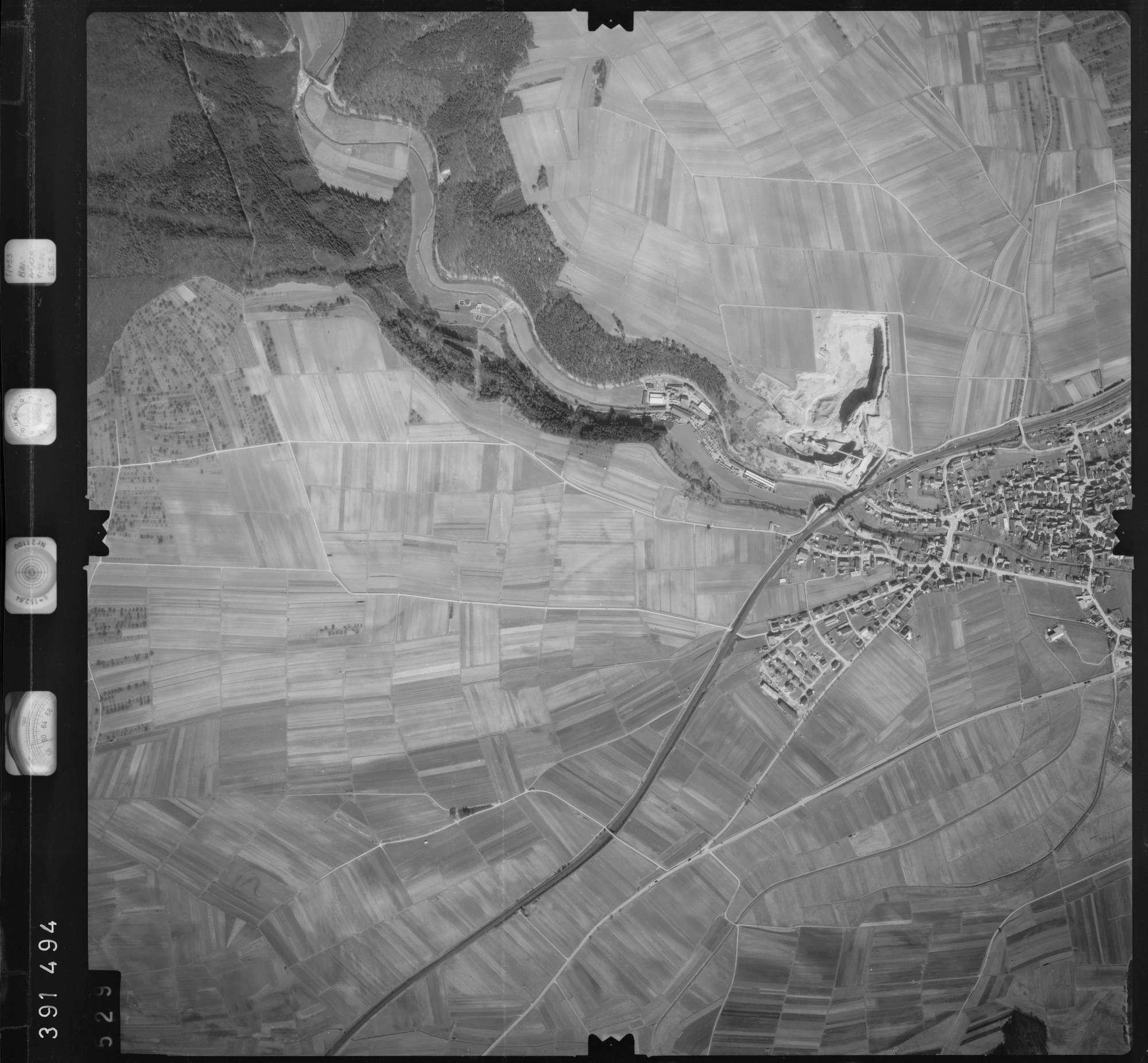 Luftbild: Film 13 Bildnr. 529, Bild 1