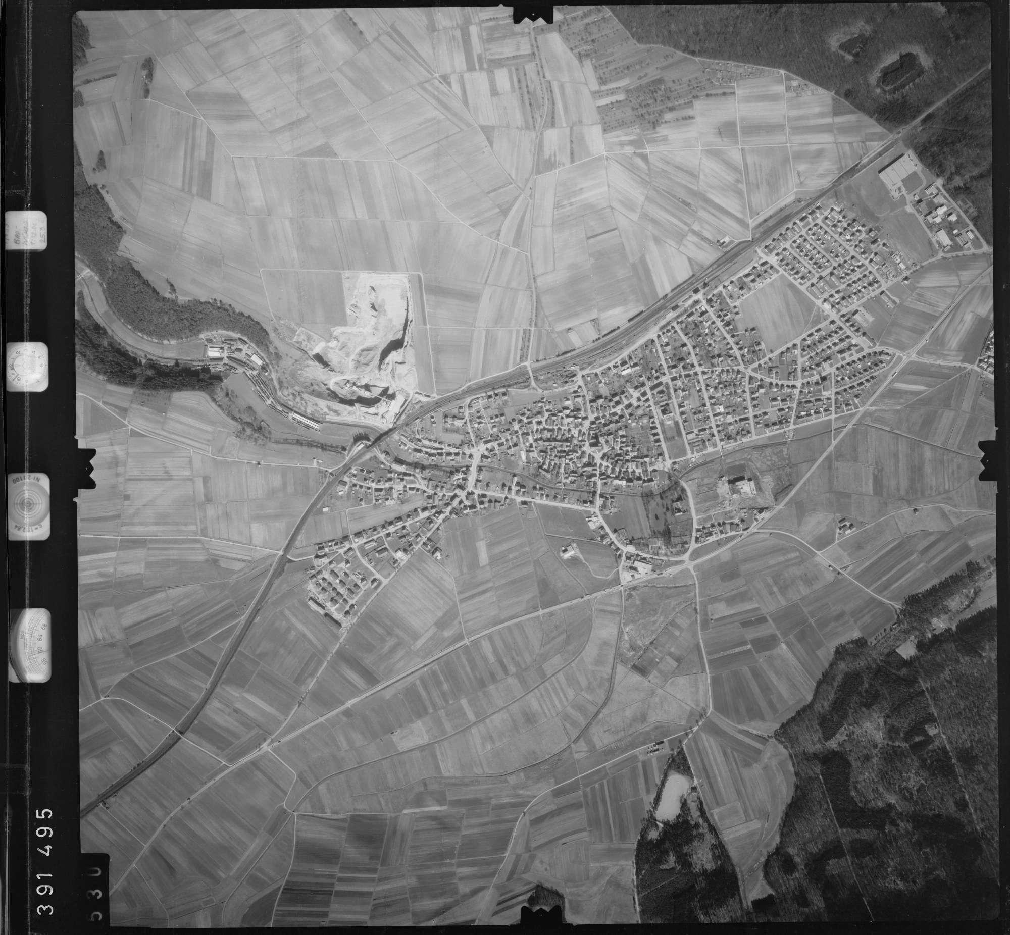 Luftbild: Film 13 Bildnr. 530, Bild 1