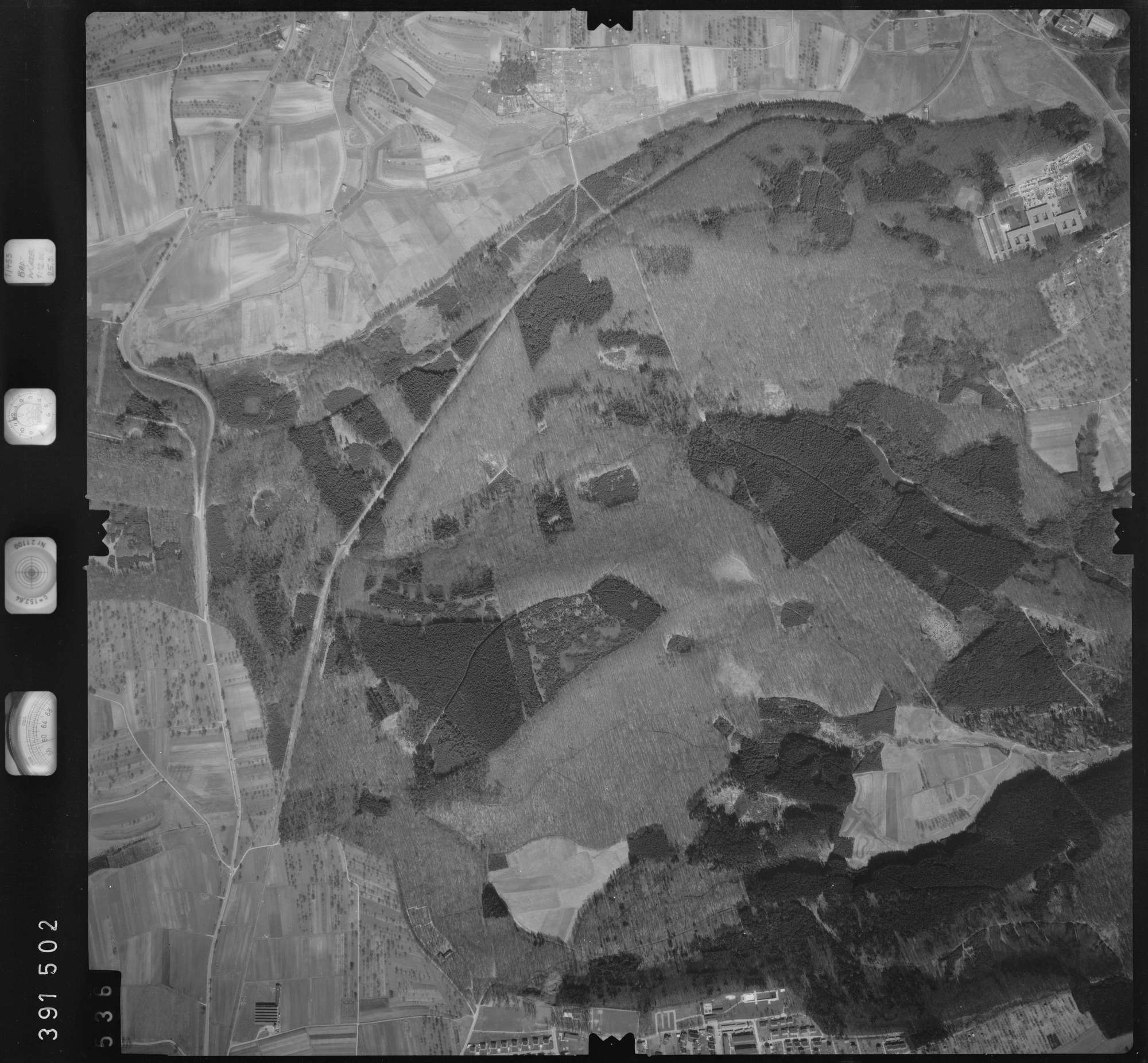 Luftbild: Film 13 Bildnr. 536, Bild 1