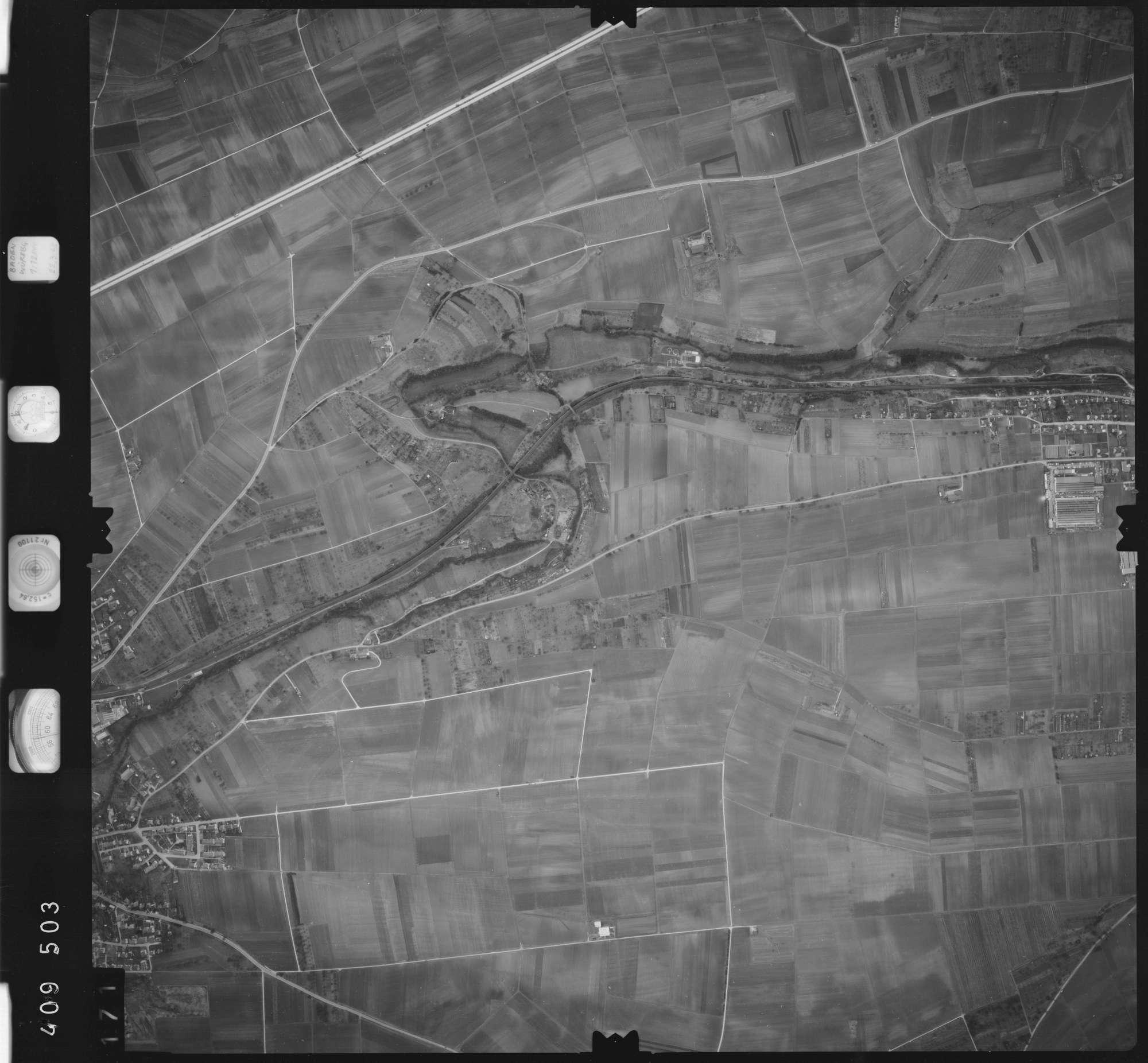 Luftbild: Film 5 Bildnr. 171, Bild 1