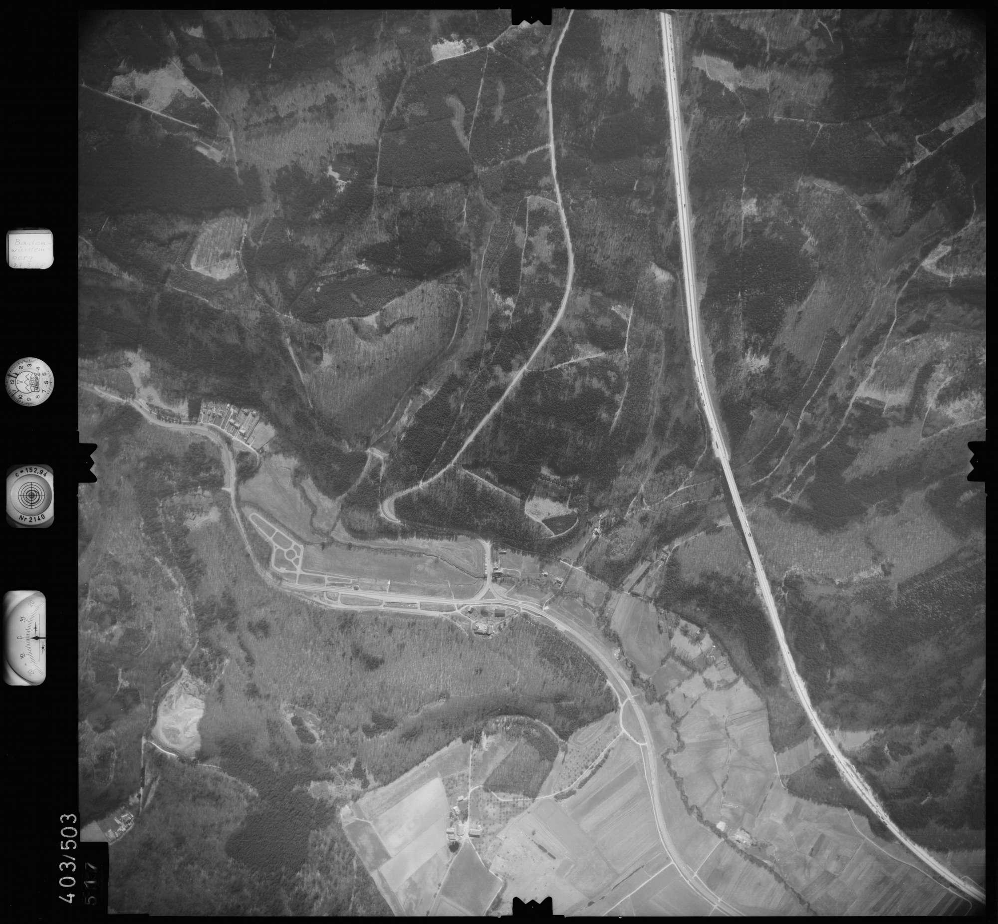 Luftbild: Film 10 Bildnr. 517, Bild 1