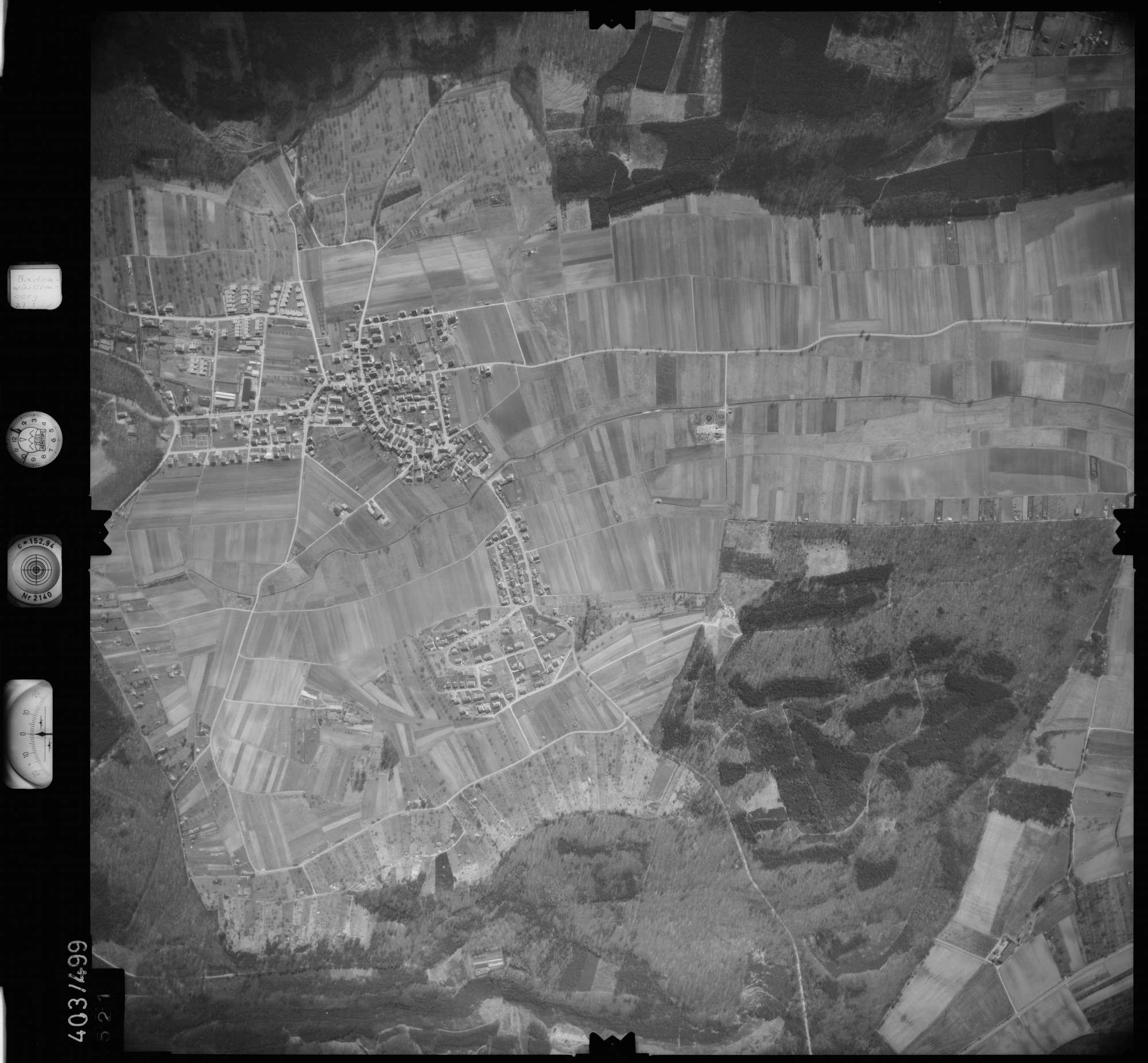 Luftbild: Film 10 Bildnr. 521, Bild 1