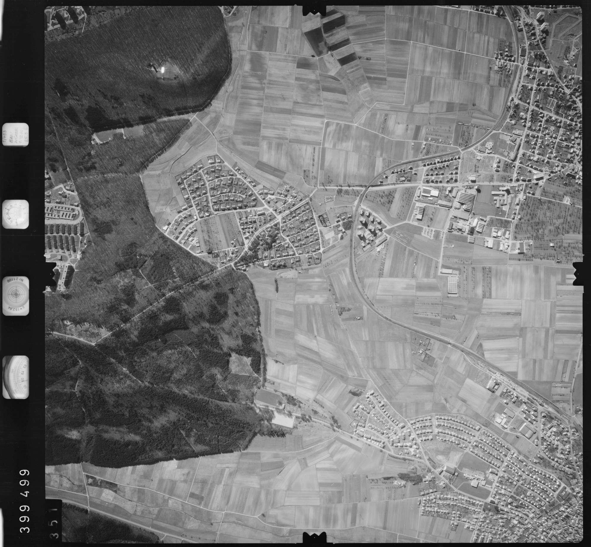 Luftbild: Film 13 Bildnr. 351, Bild 1