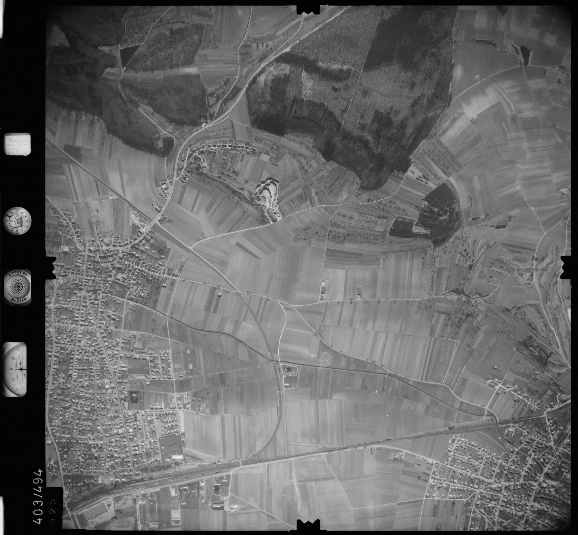 Luftbild: Film 10 Bildnr. 525, Bild 1