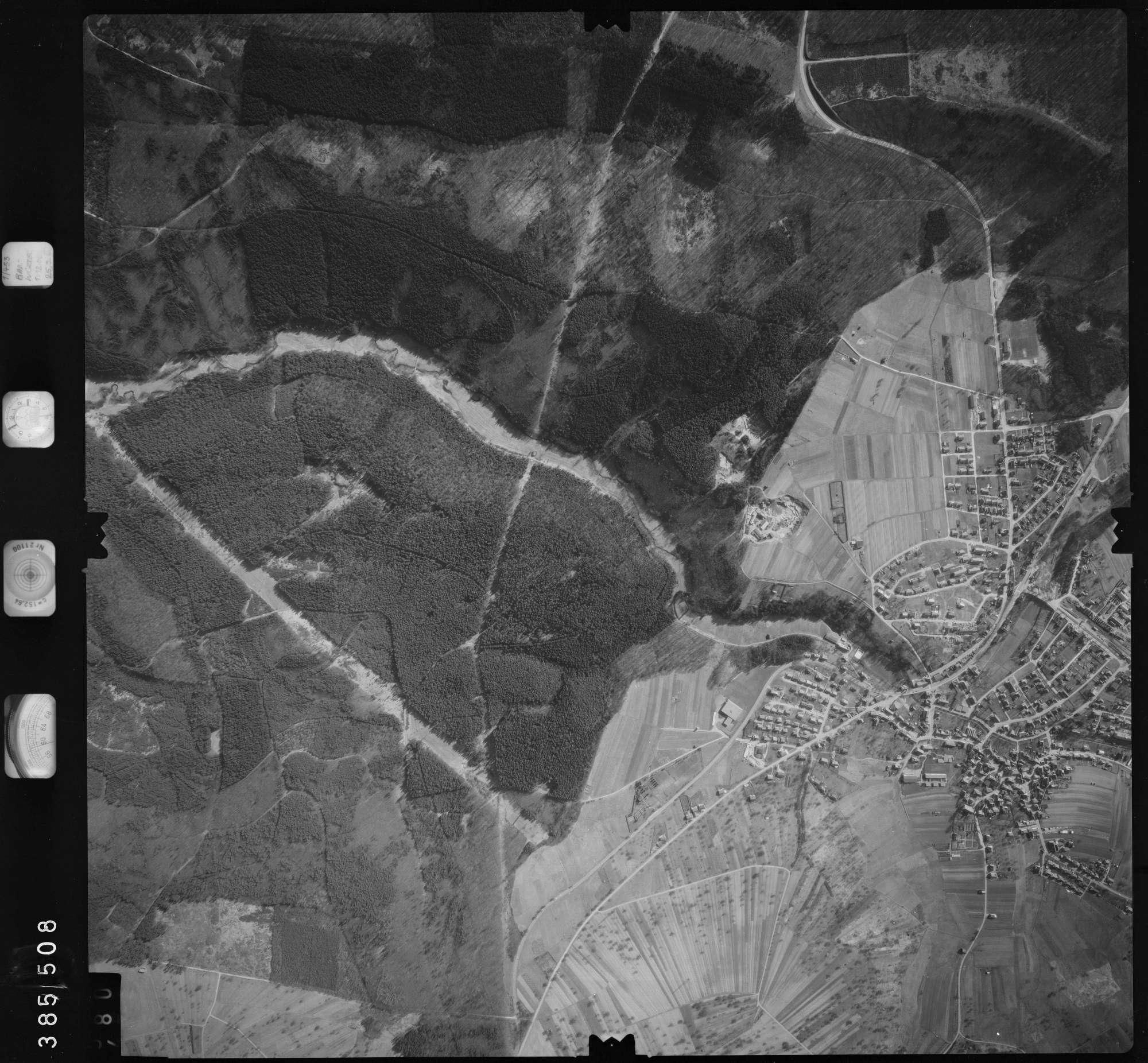 Luftbild: Film 23 Bildnr. 480, Bild 1