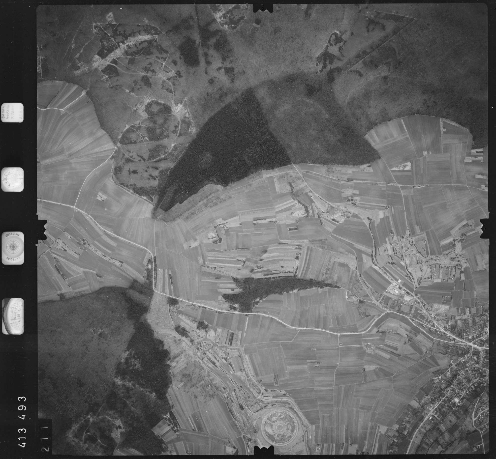 Luftbild: Film 5 Bildnr. 211, Bild 1