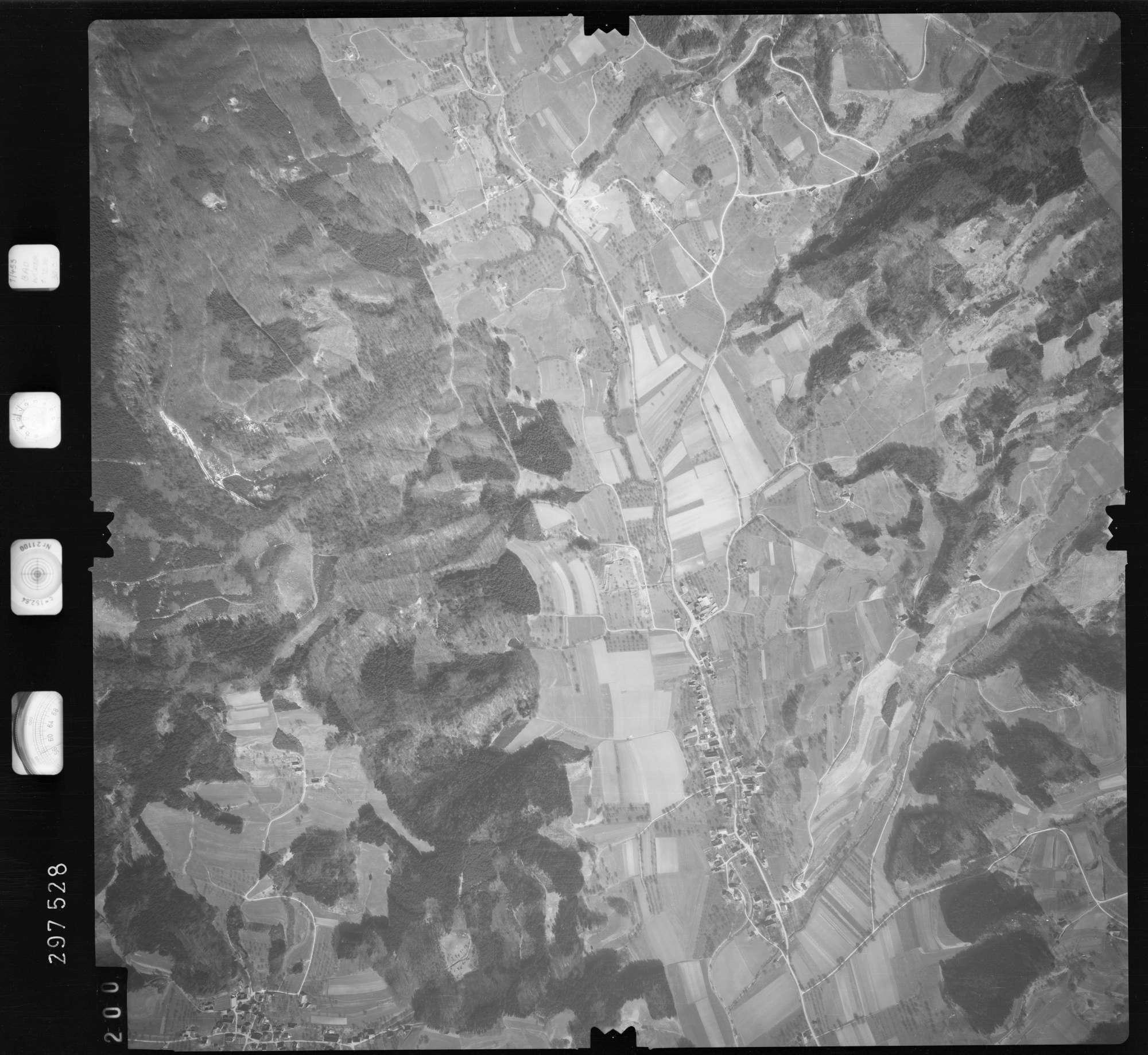 Luftbild: Film 66 Bildnr. 200, Bild 1