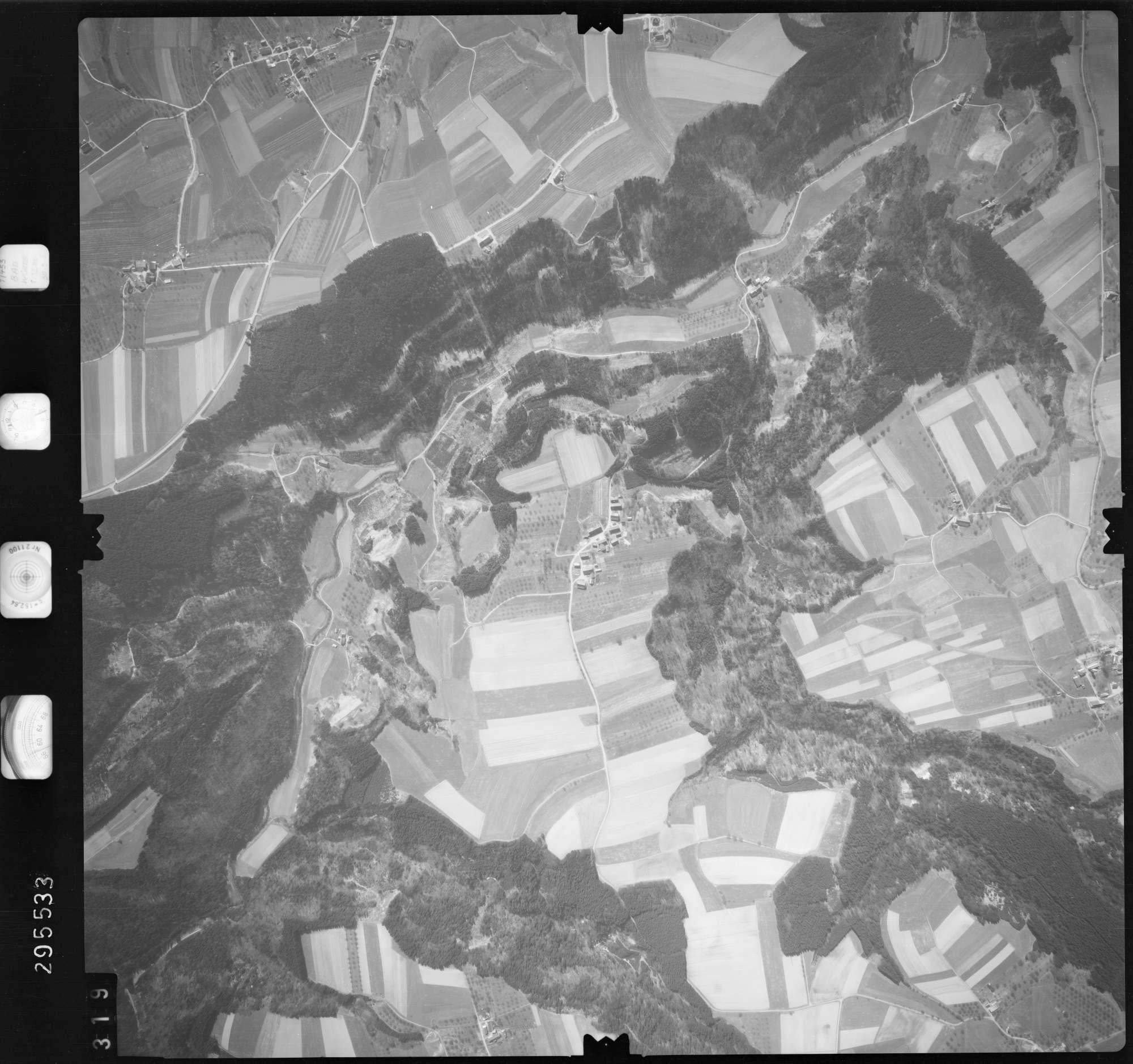 Luftbild: Film 69 Bildnr. 319, Bild 1