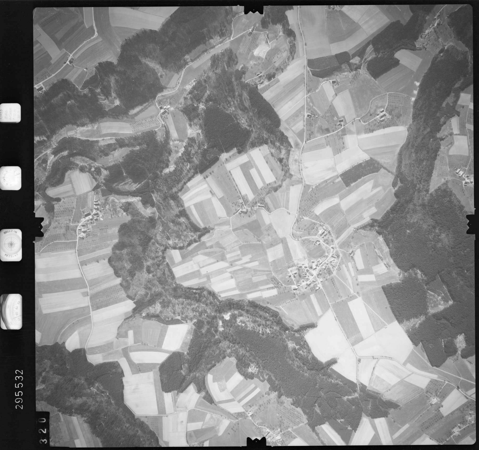 Luftbild: Film 69 Bildnr. 320, Bild 1