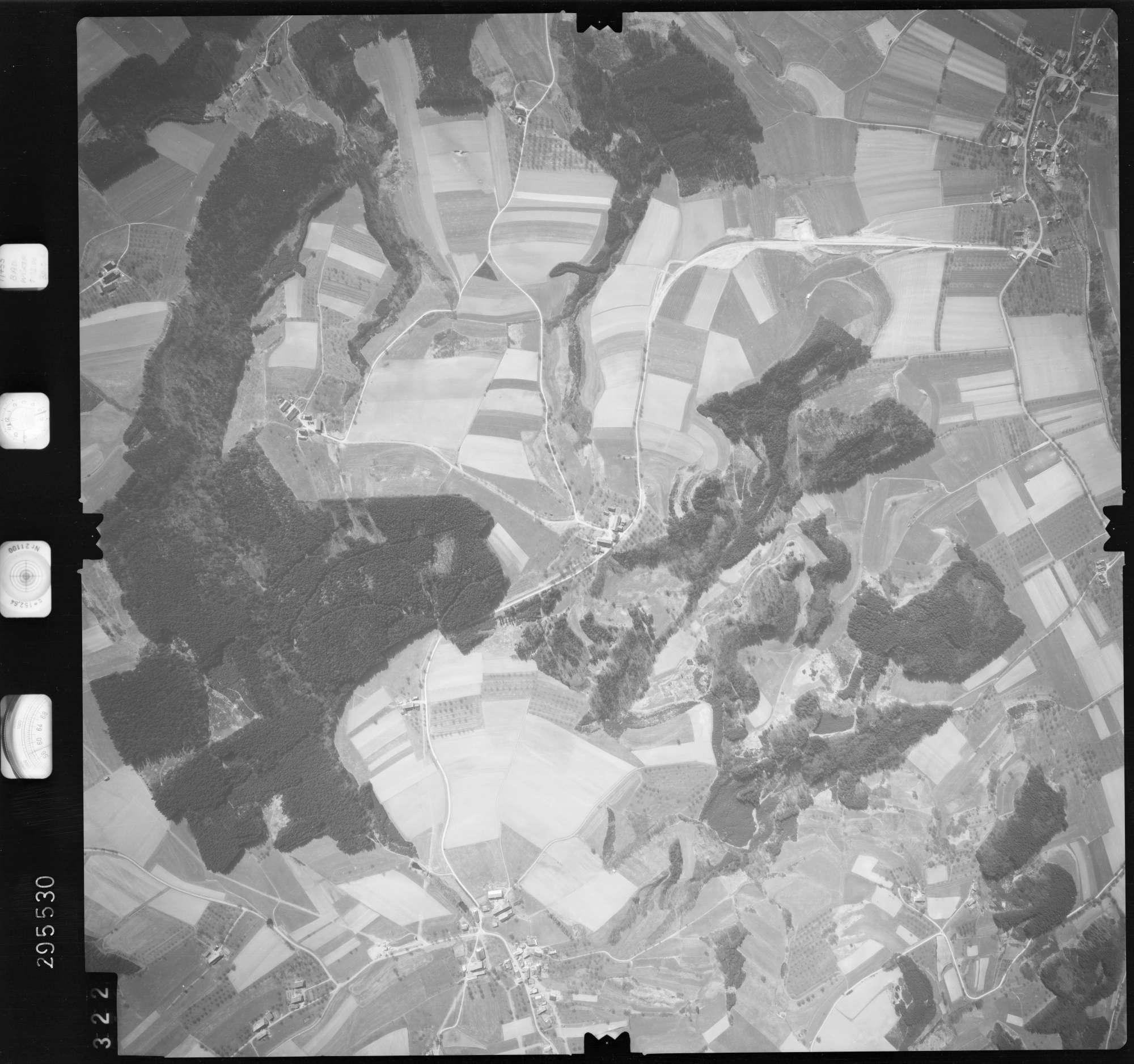Luftbild: Film 69 Bildnr. 322, Bild 1