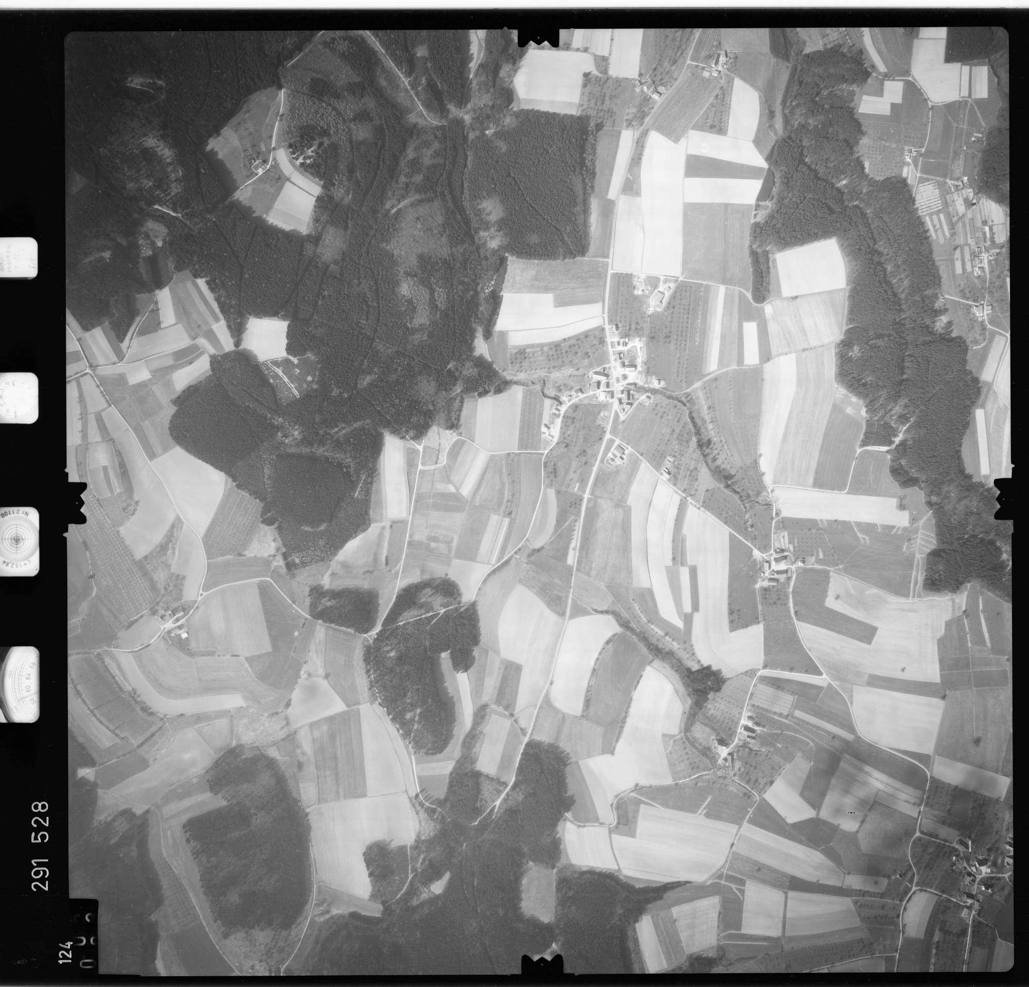 Luftbild: Film 74 Bildnr. 124, Bild 1