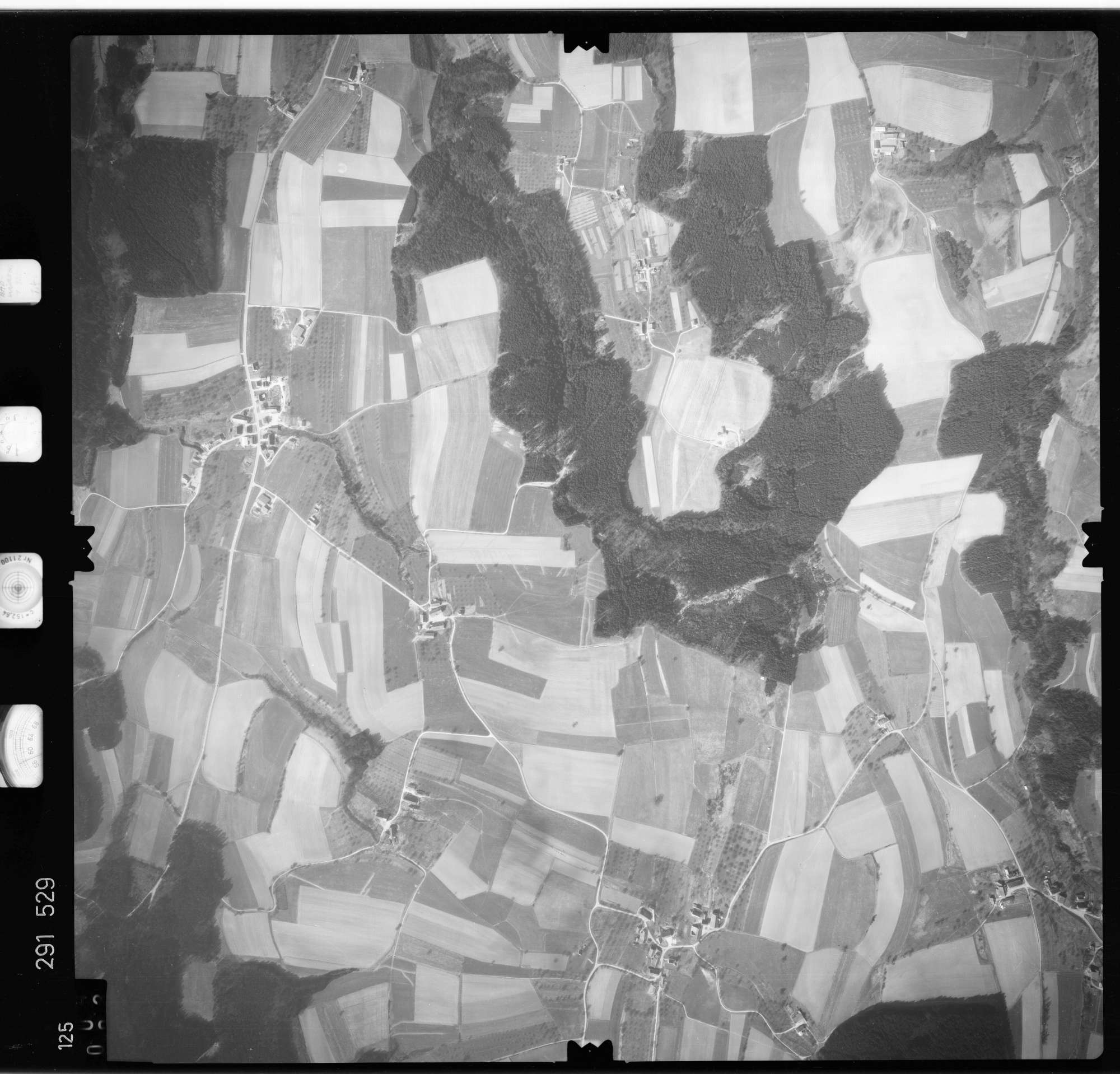 Luftbild: Film 74 Bildnr. 125, Bild 1