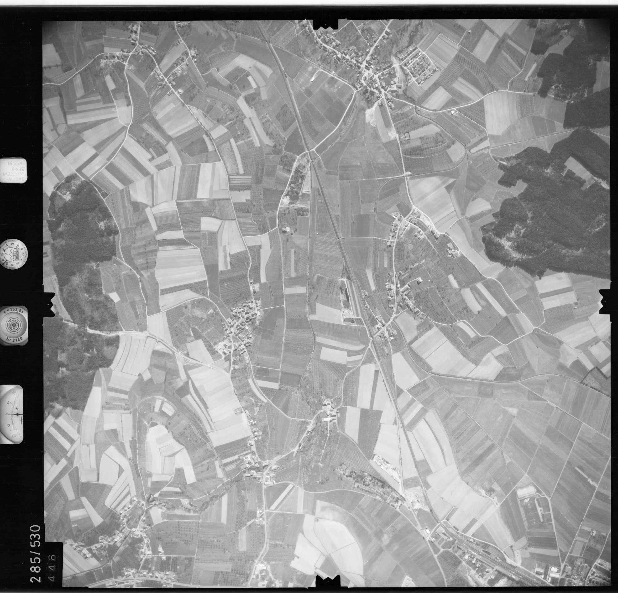 Luftbild: Film 79 Bildnr. 446, Bild 1