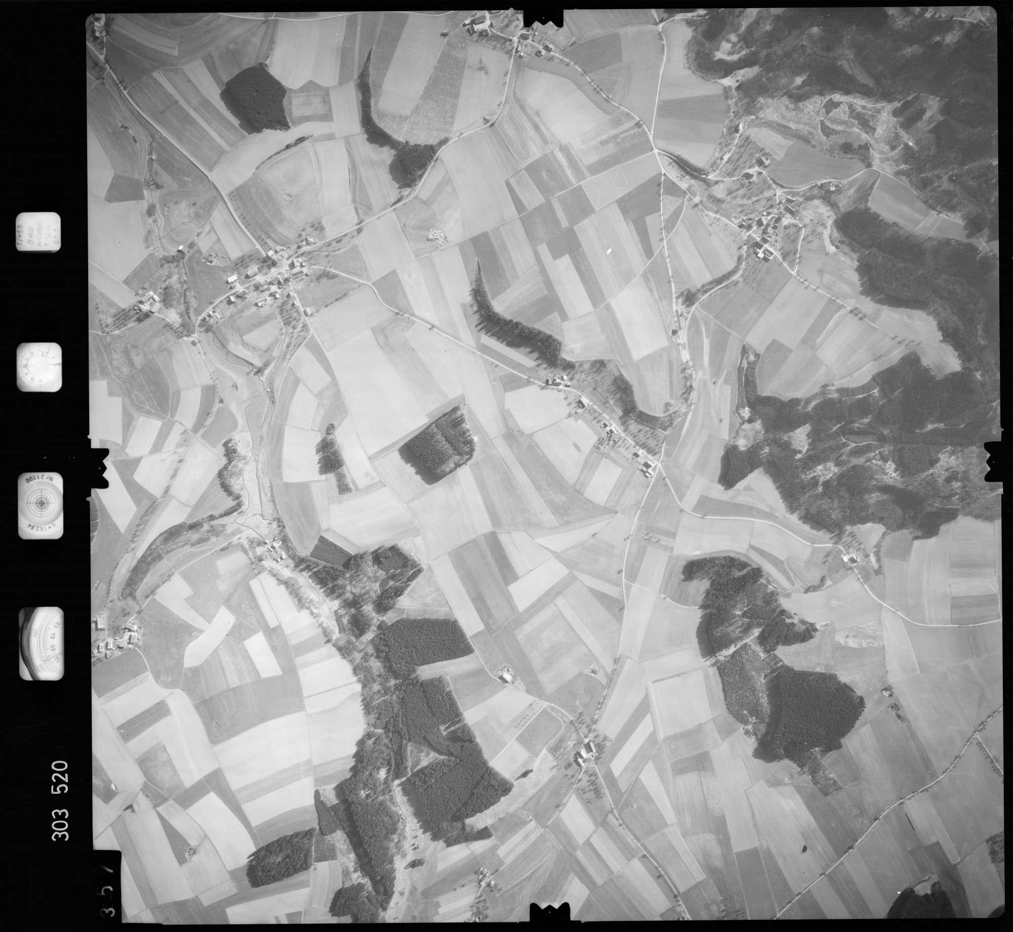 Luftbild: Film 64 Bildnr. 357, Bild 1