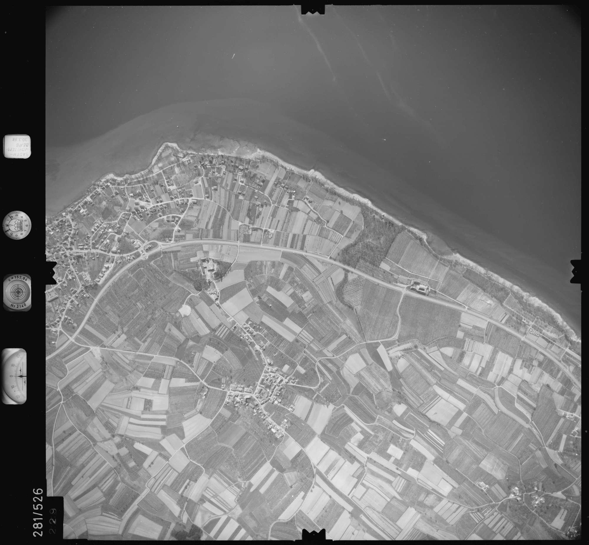 Luftbild: Film 27 Bildnr. 229, Bild 1