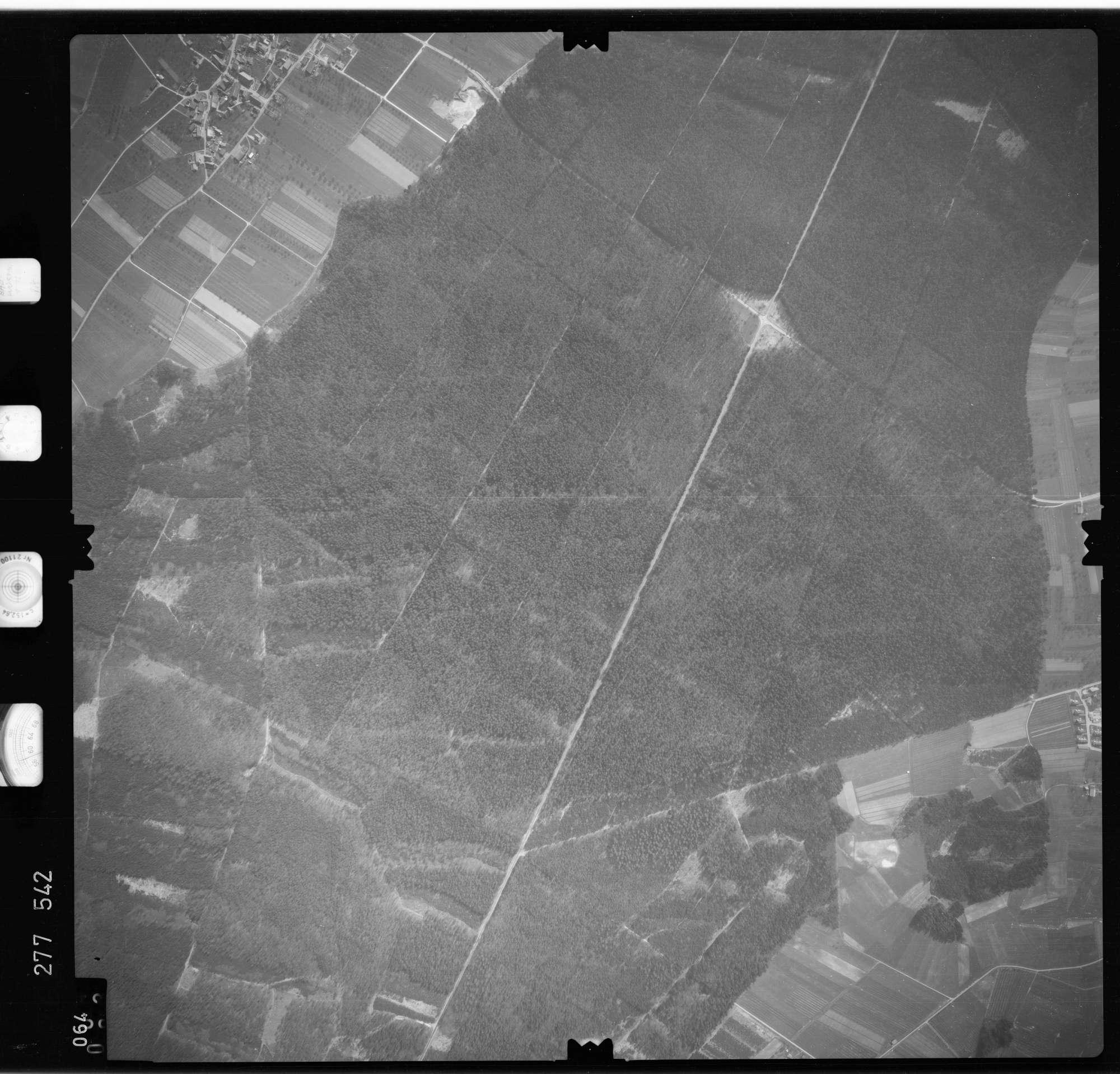 Luftbild: Film 74 Bildnr. 64, Bild 1