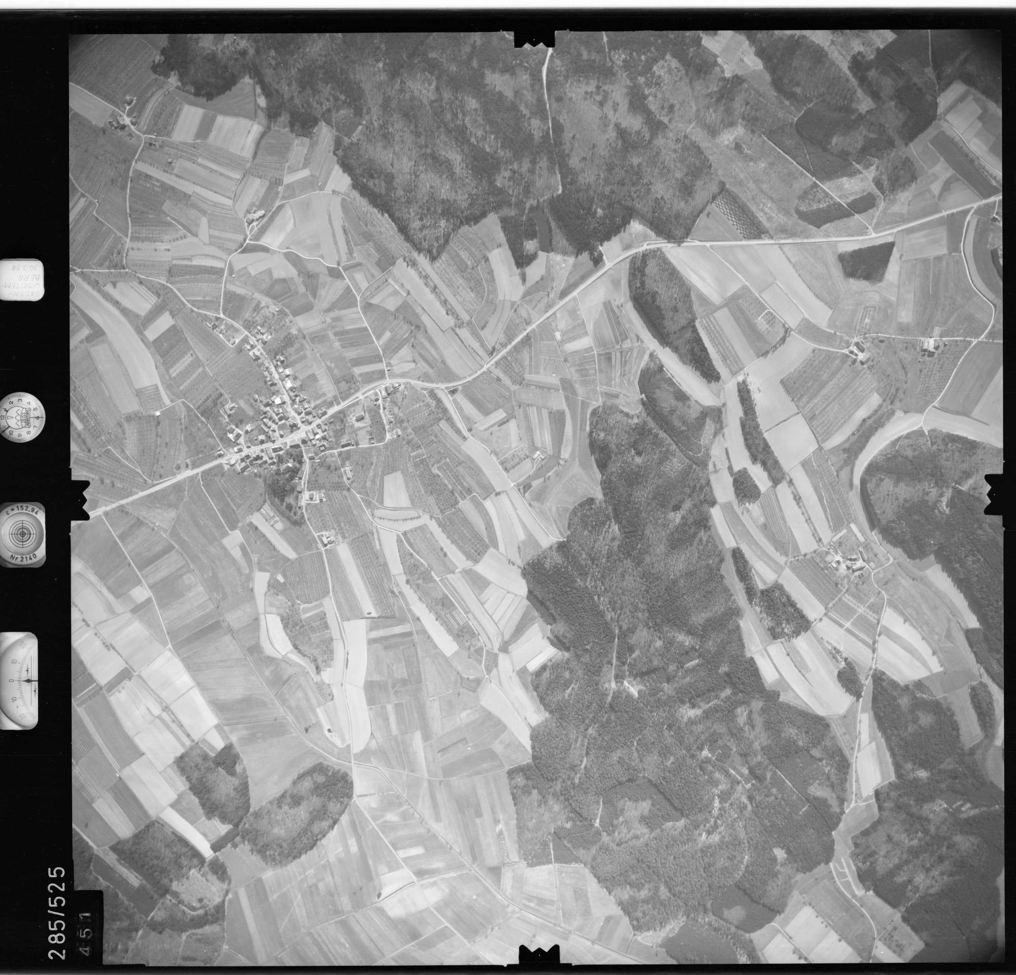 Luftbild: Film 79 Bildnr. 451, Bild 1