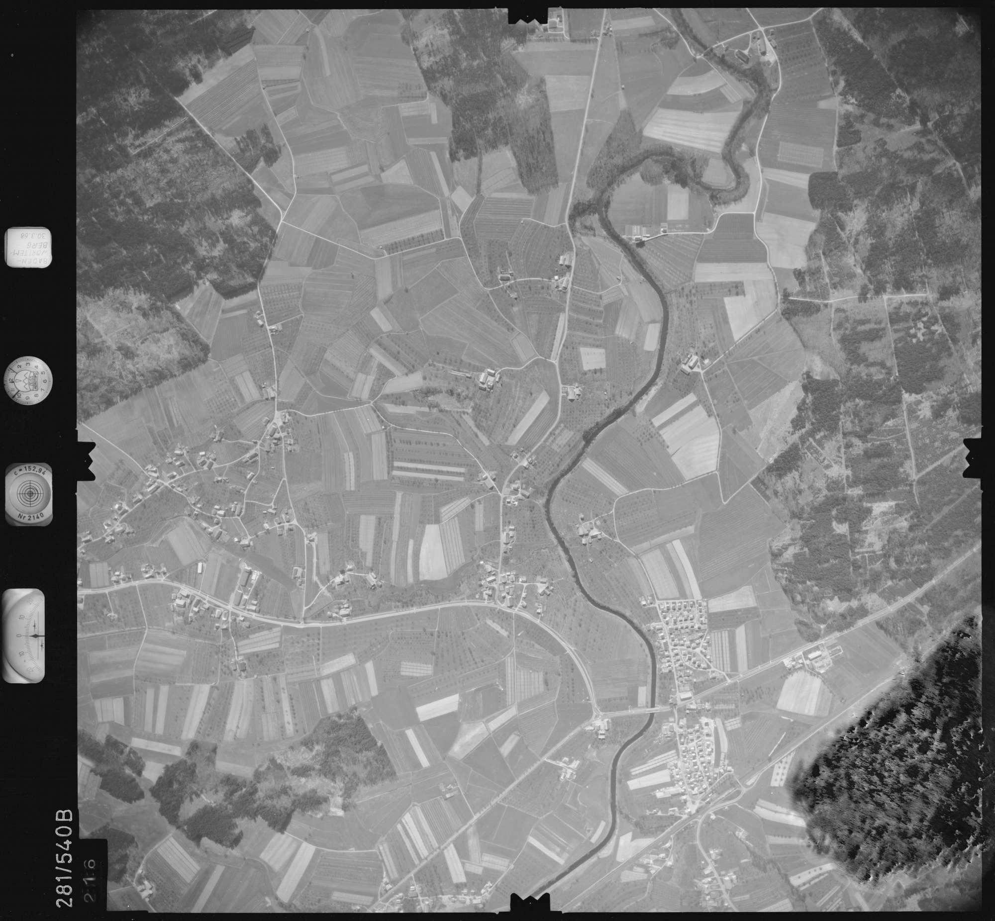 Luftbild: Film 27 Bildnr. 216, Bild 1