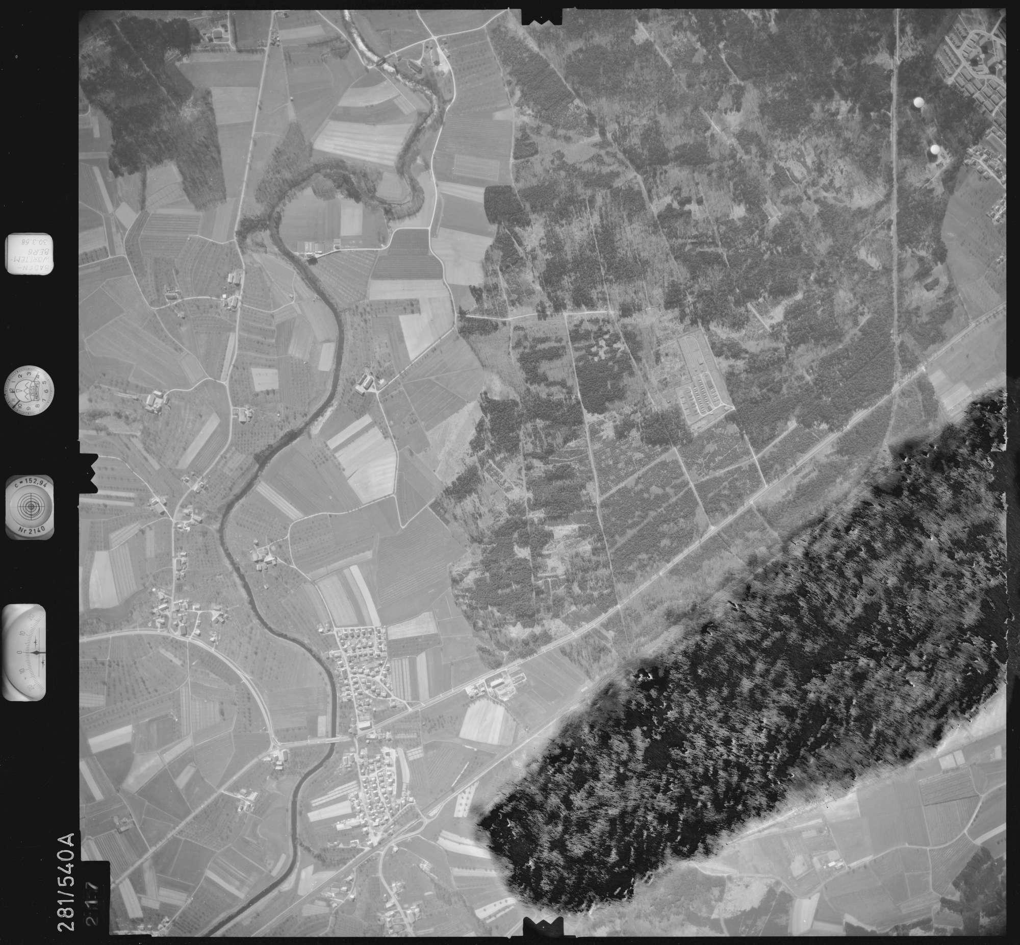 Luftbild: Film 27 Bildnr. 217, Bild 1