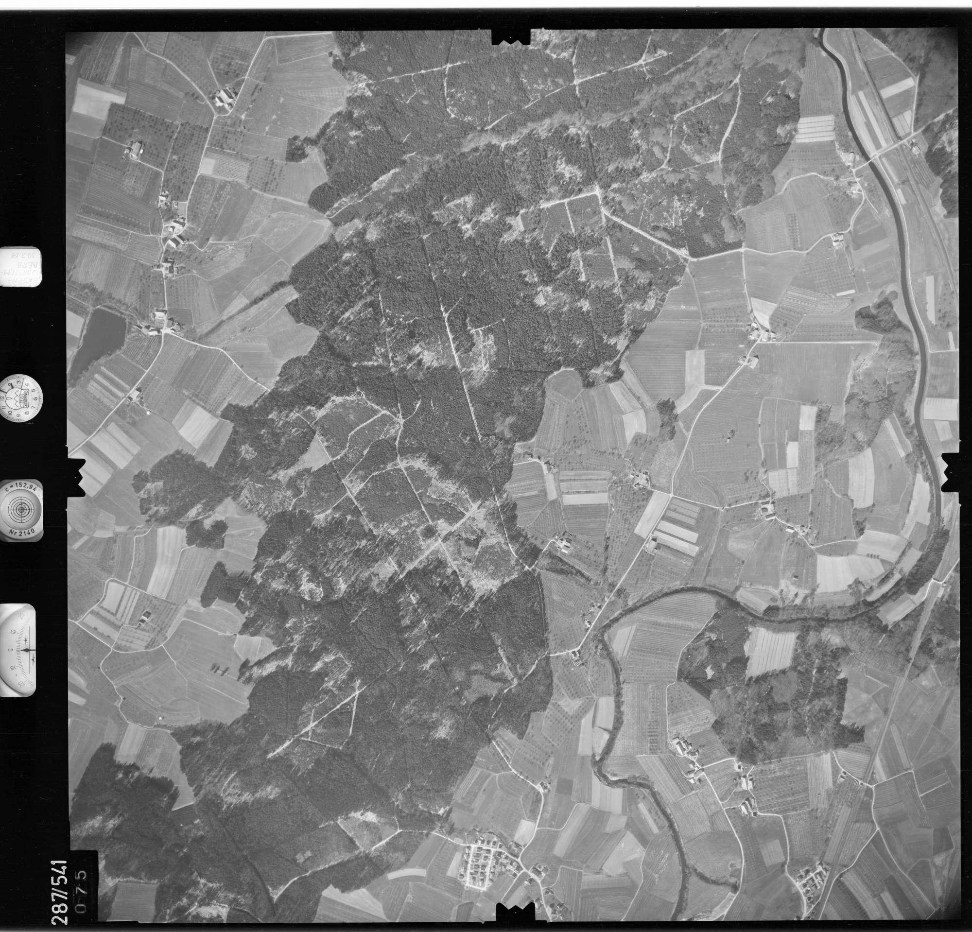 Luftbild: Film 78 Bildnr. 75, Bild 1