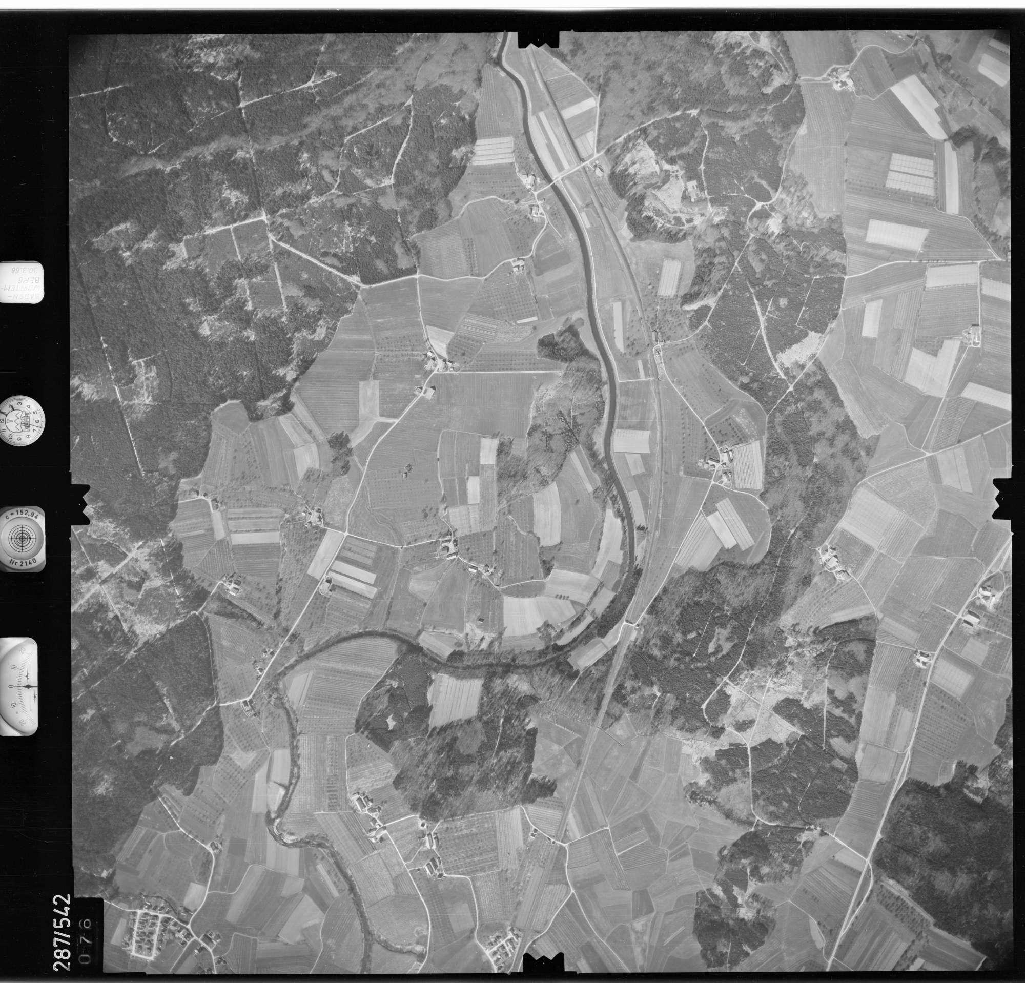 Luftbild: Film 78 Bildnr. 76, Bild 1