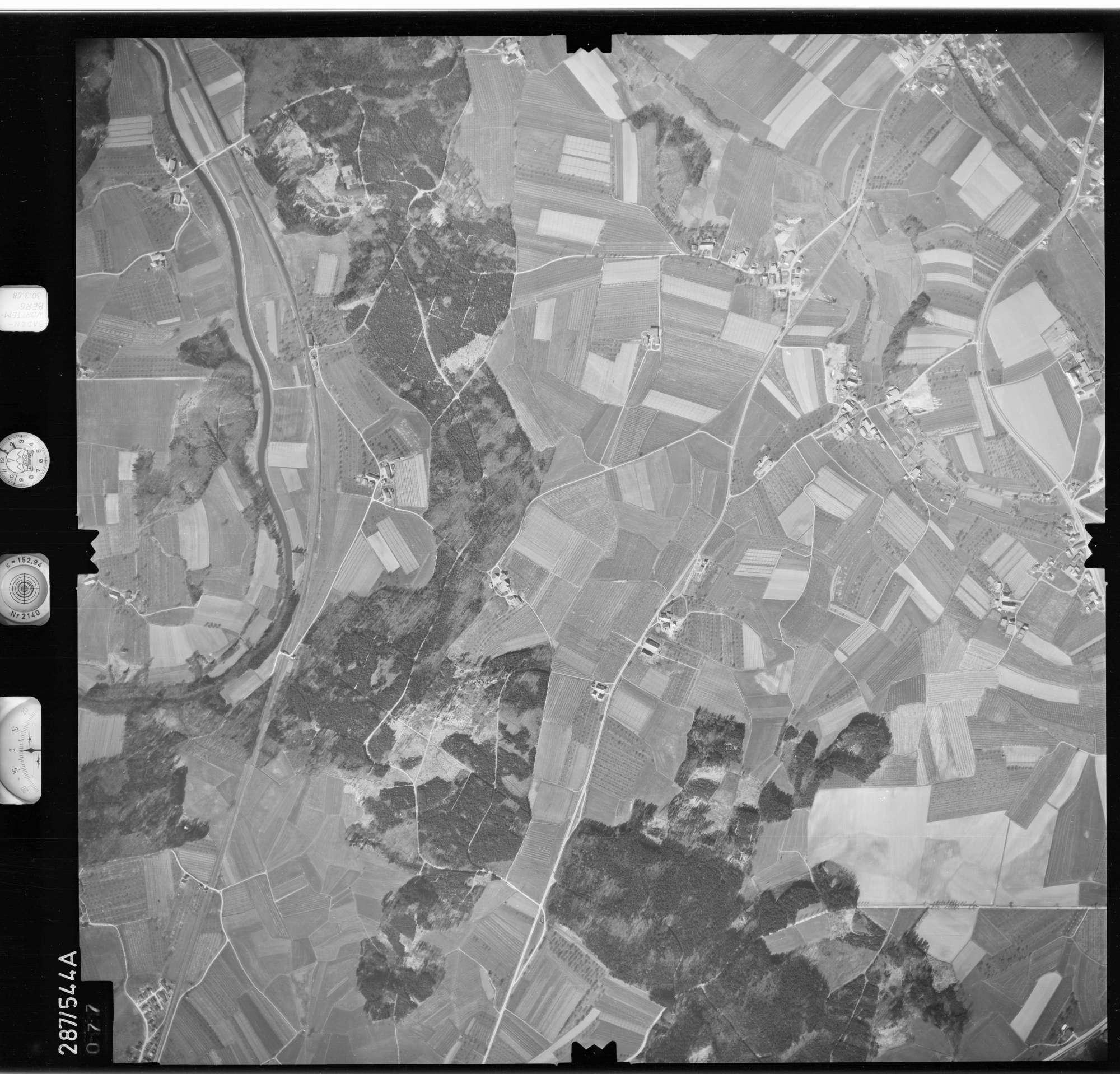 Luftbild: Film 78 Bildnr. 77, Bild 1