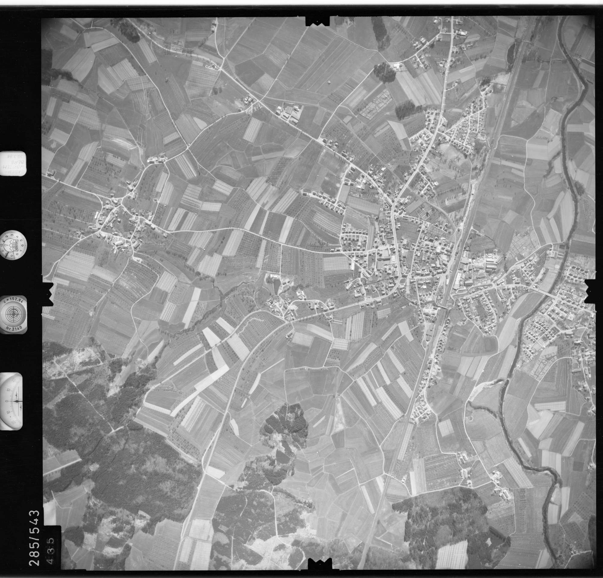 Luftbild: Film 79 Bildnr. 435, Bild 1