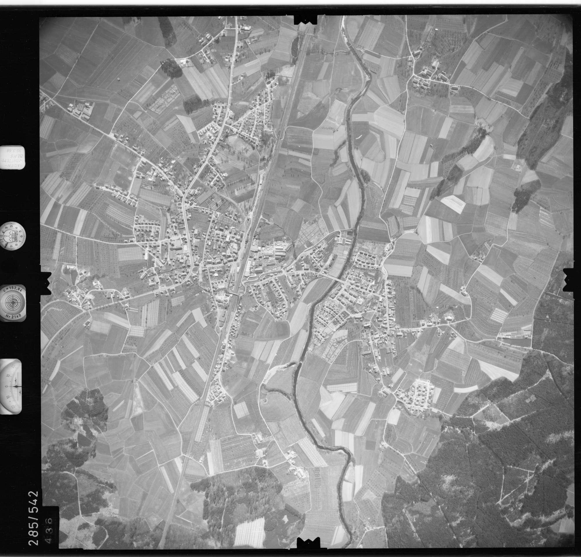 Luftbild: Film 79 Bildnr. 436, Bild 1
