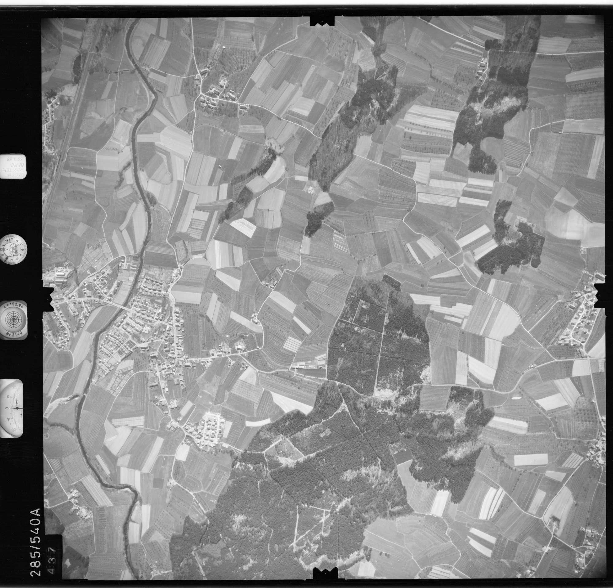 Luftbild: Film 79 Bildnr. 437, Bild 1