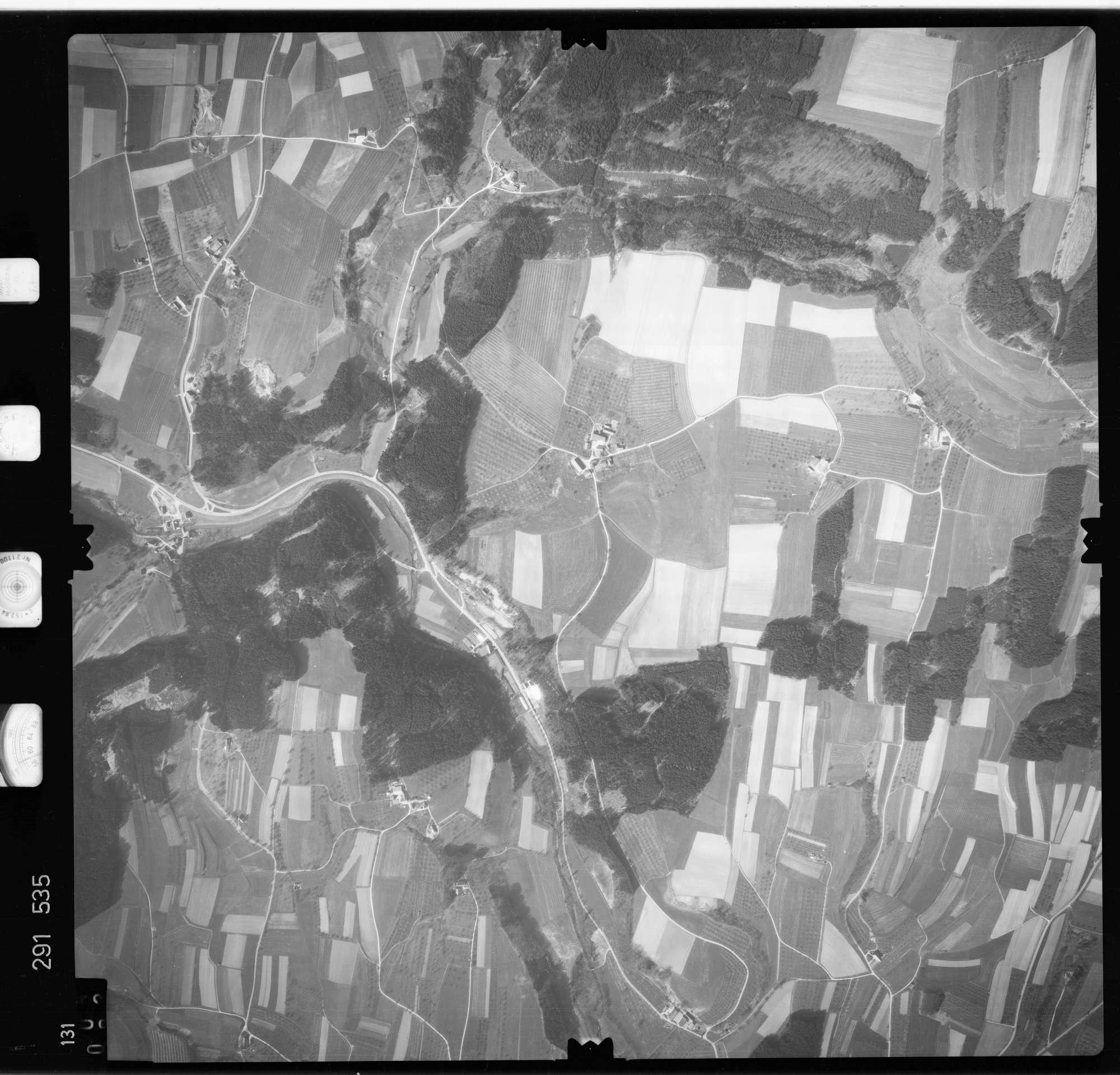 Luftbild: Film 74 Bildnr. 131, Bild 1