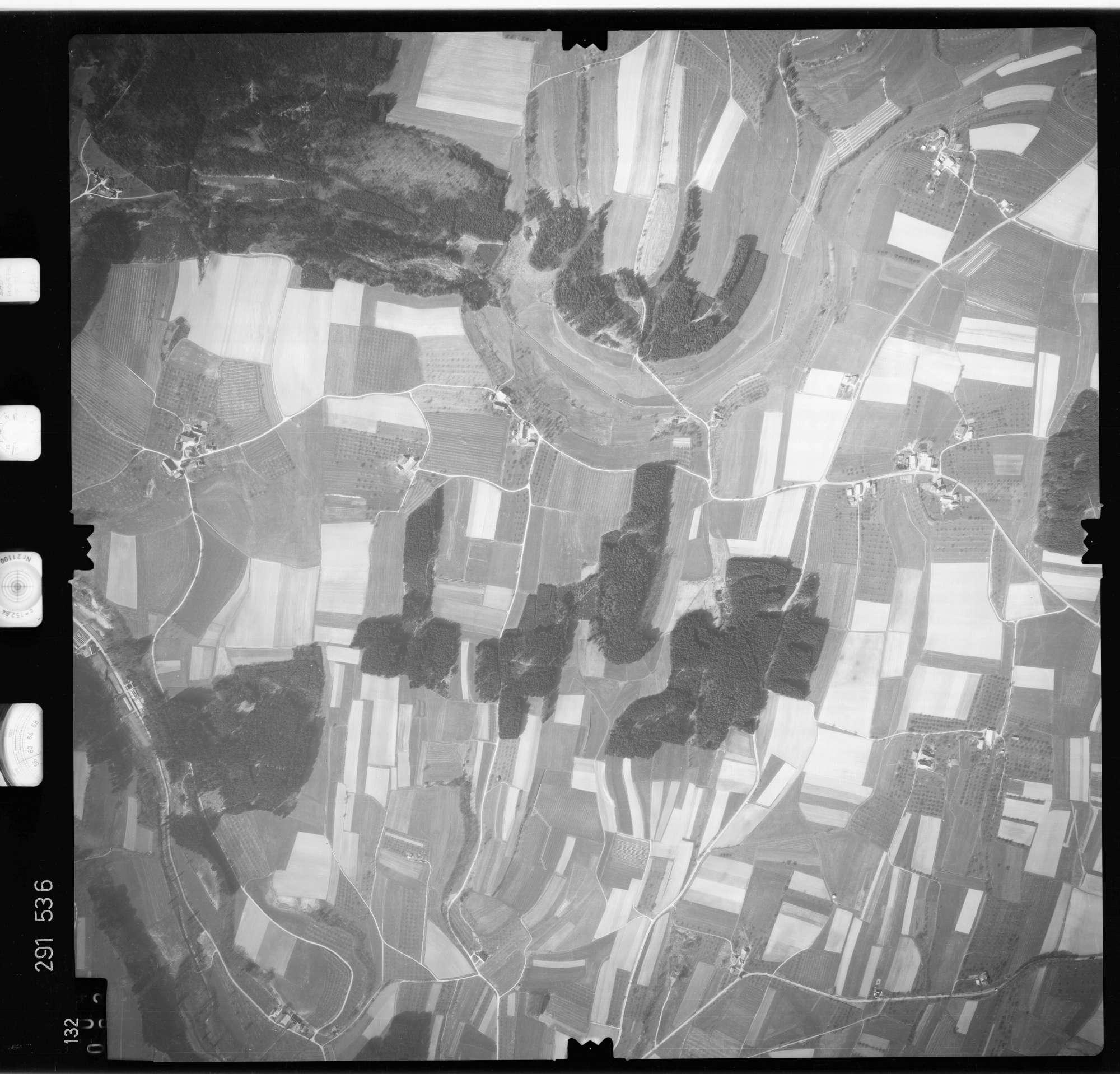 Luftbild: Film 74 Bildnr. 132, Bild 1