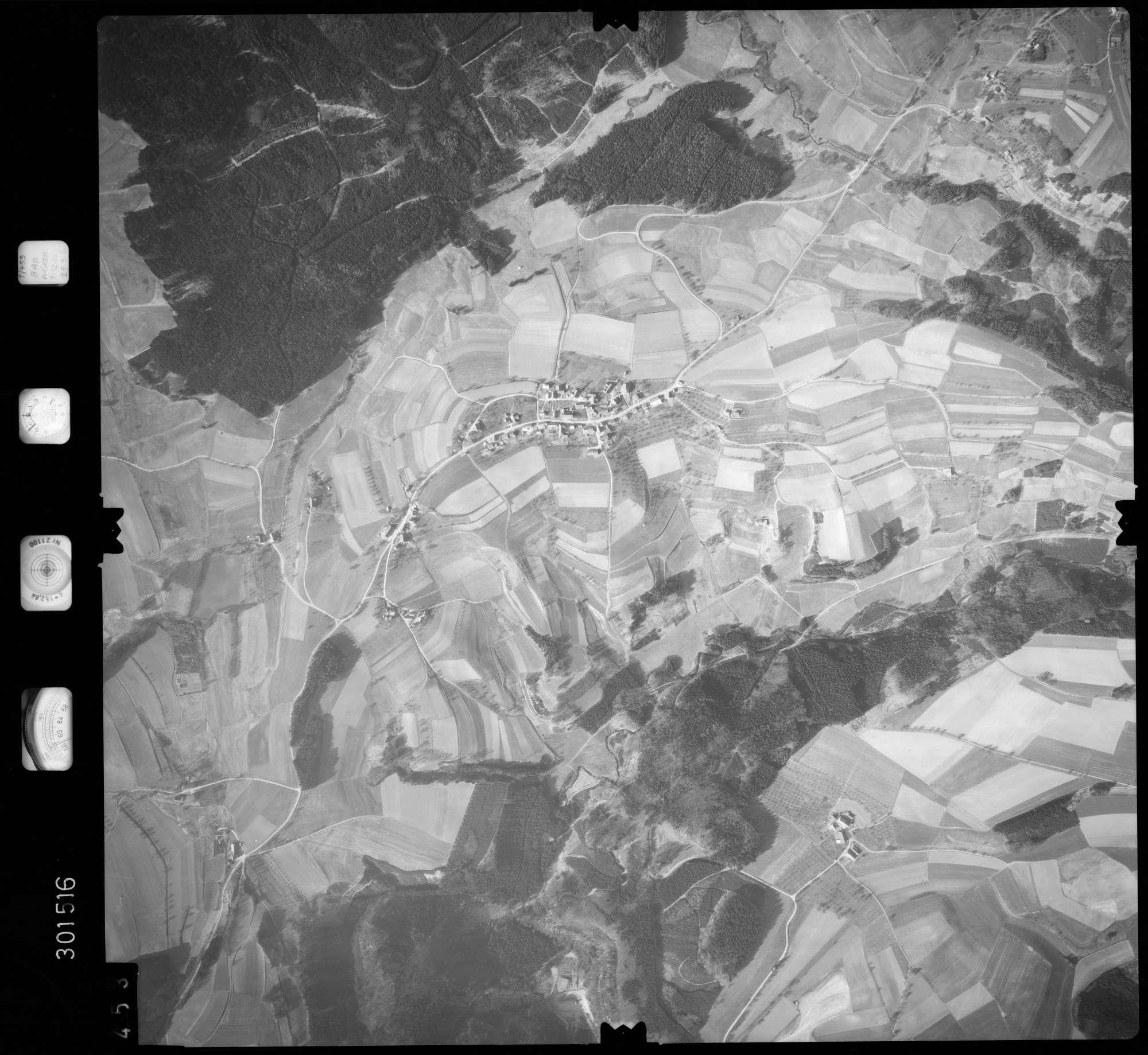 Luftbild: Film 64 Bildnr. 453, Bild 1