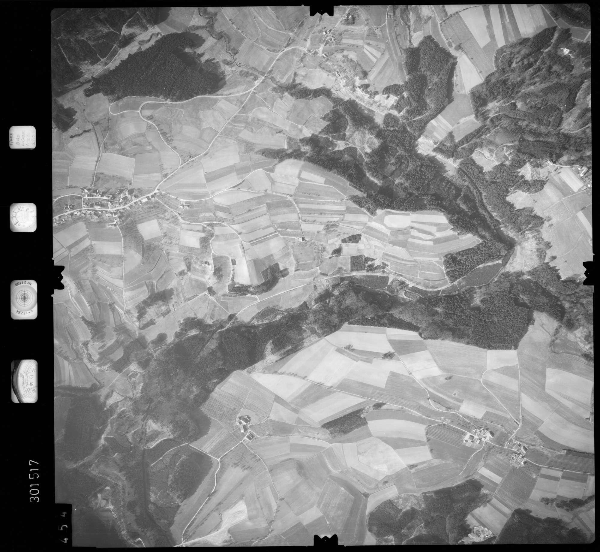 Luftbild: Film 64 Bildnr. 454, Bild 1