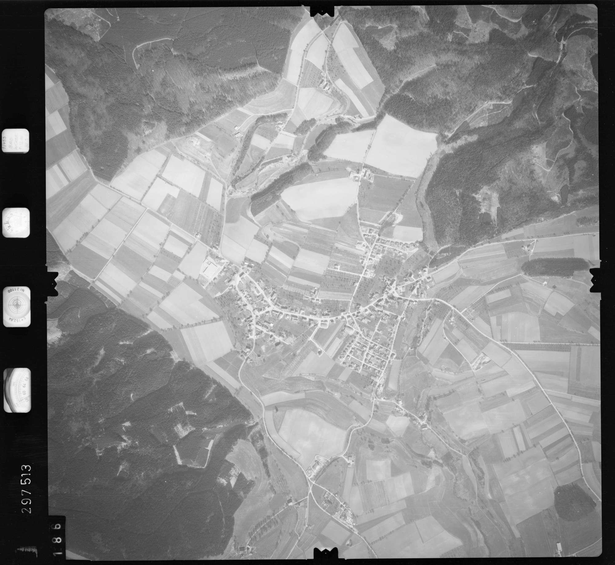 Luftbild: Film 66 Bildnr. 186, Bild 1