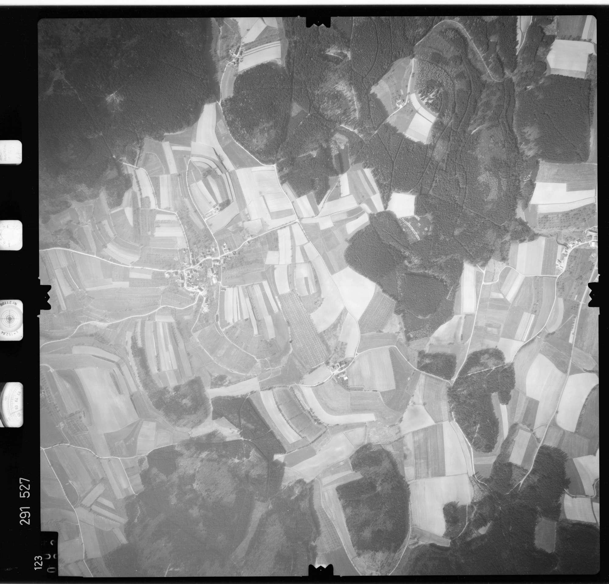 Luftbild: Film 74 Bildnr. 123, Bild 1