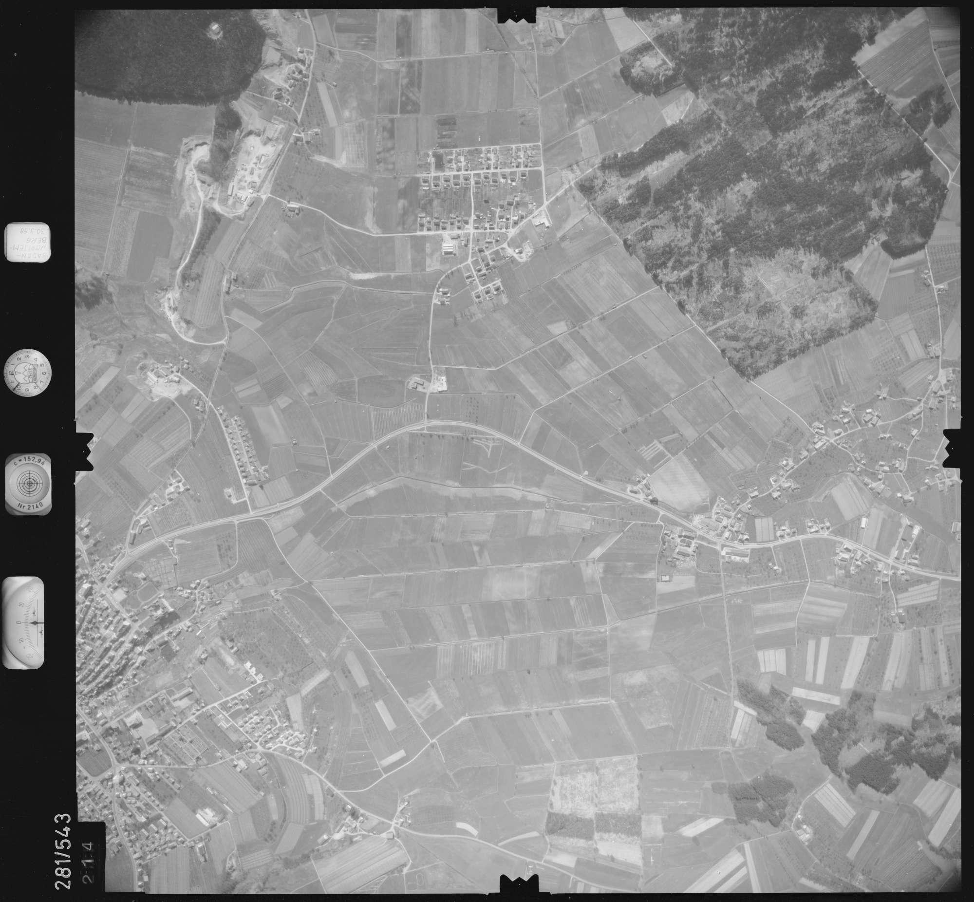 Luftbild: Film 27 Bildnr. 214, Bild 1