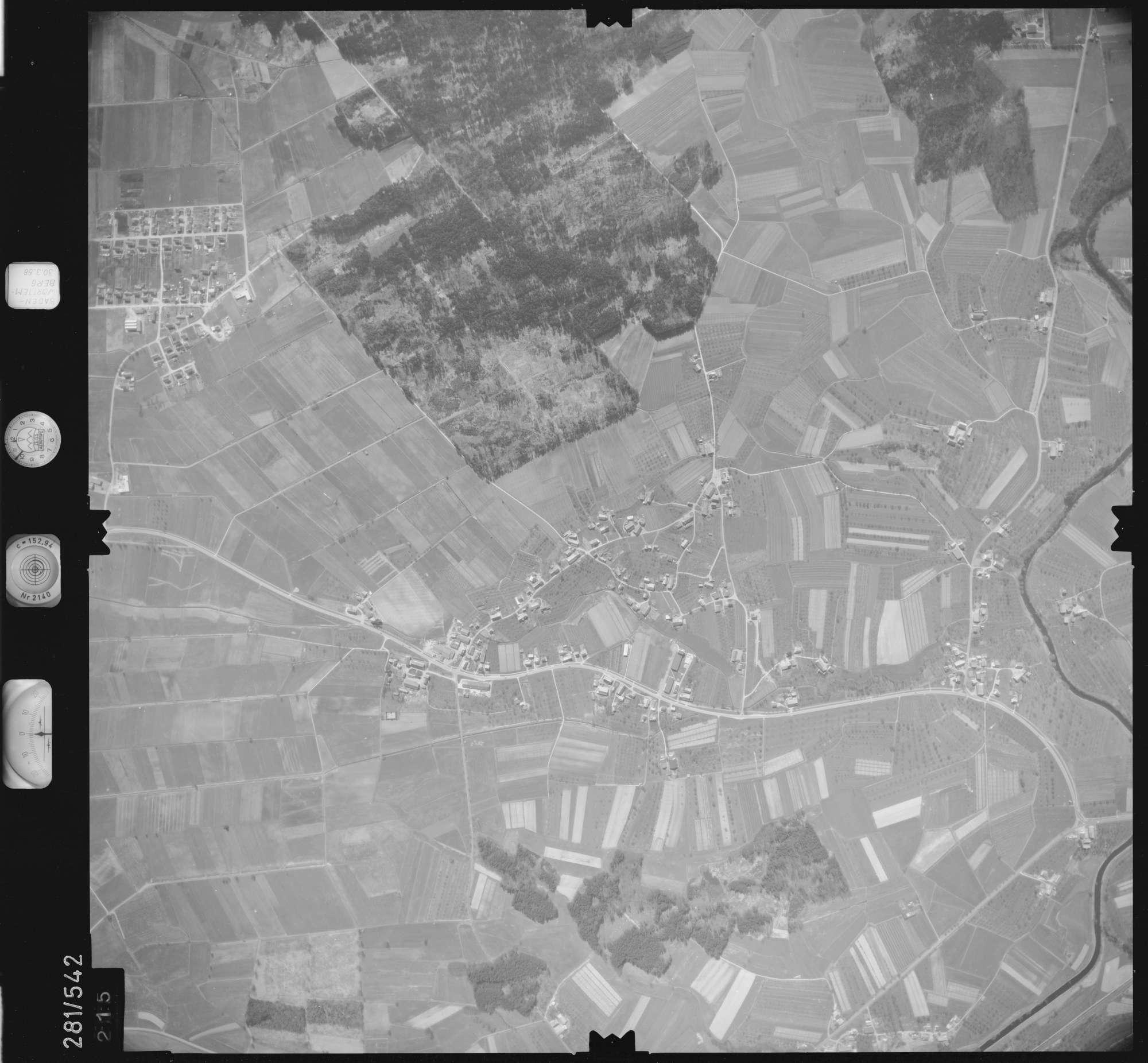 Luftbild: Film 27 Bildnr. 215, Bild 1