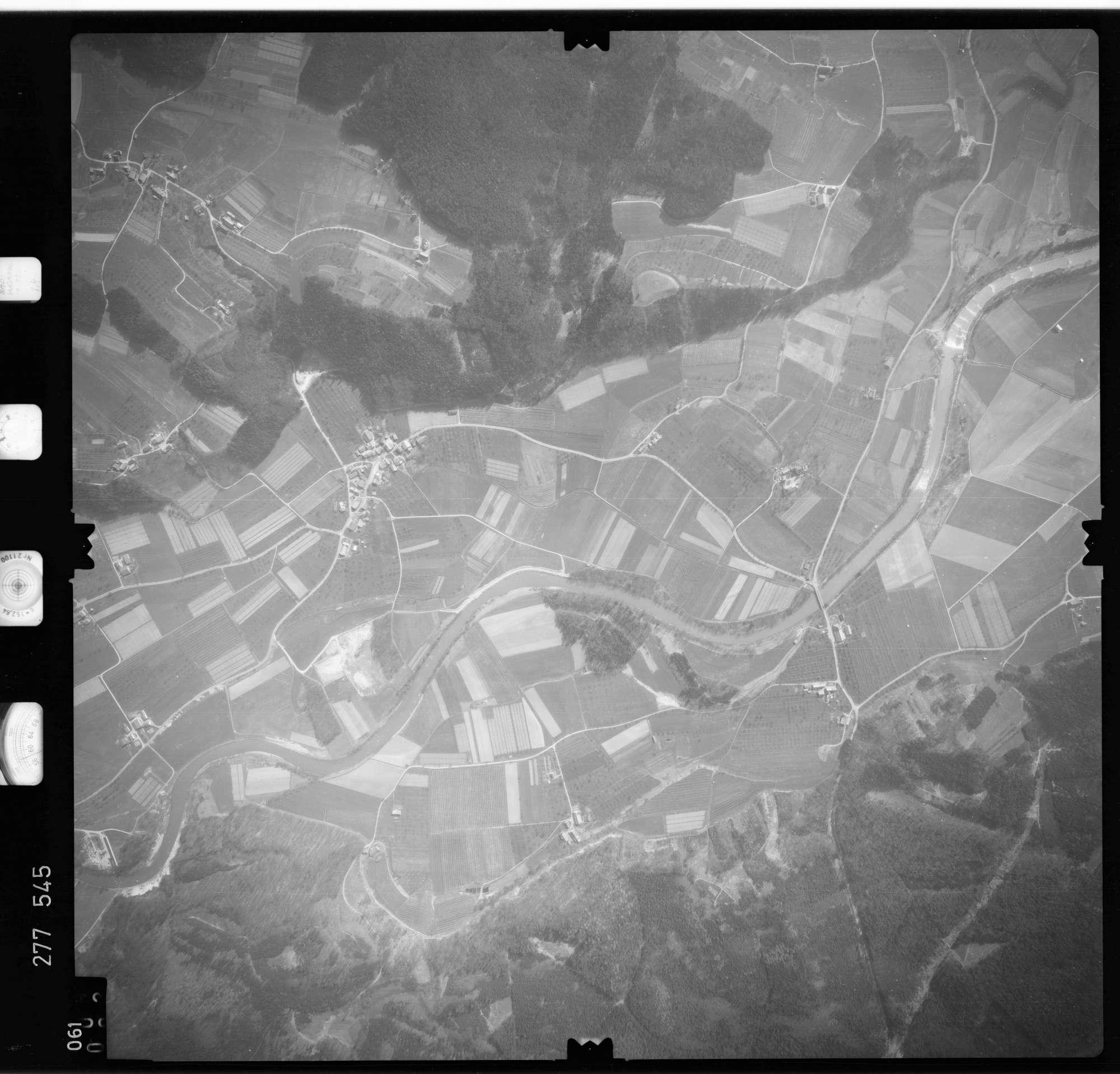 Luftbild: Film 74 Bildnr. 61, Bild 1