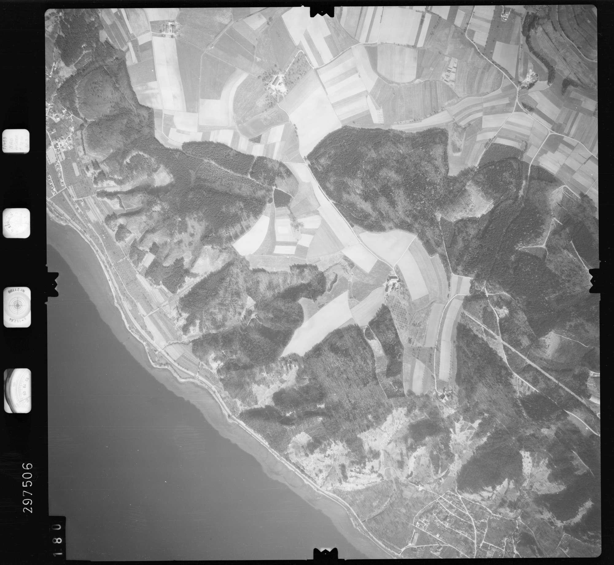 Luftbild: Film 66 Bildnr. 180, Bild 1